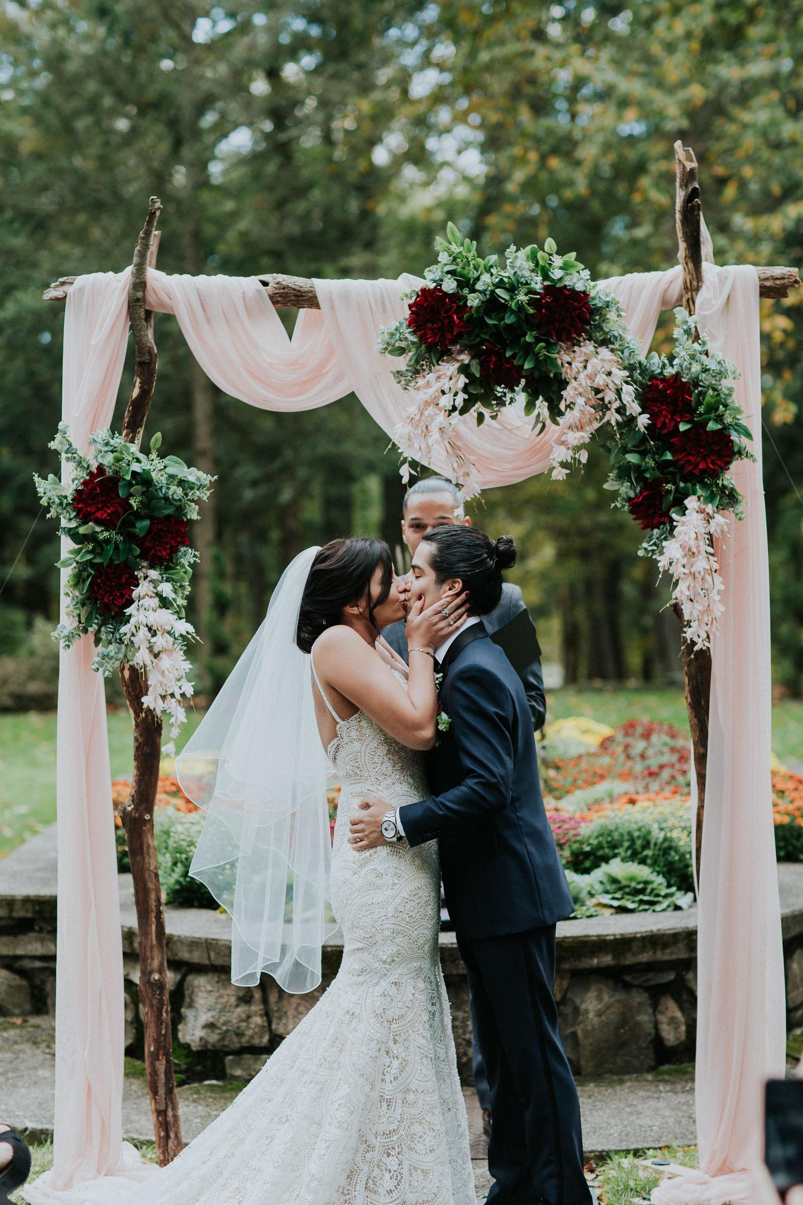 Arrow-Park-Monroe-NY-Documentary-Wedding-Photographer-57.jpg