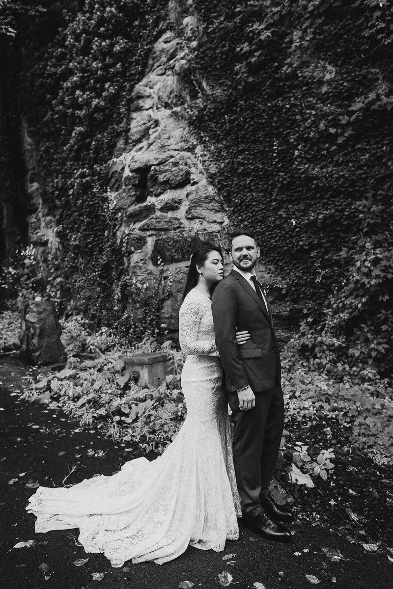 Fort-Tryon-Intimate-Wedding-Ceremony-Photos-NYC-Documentary-Elopement-Photographer-26.jpg