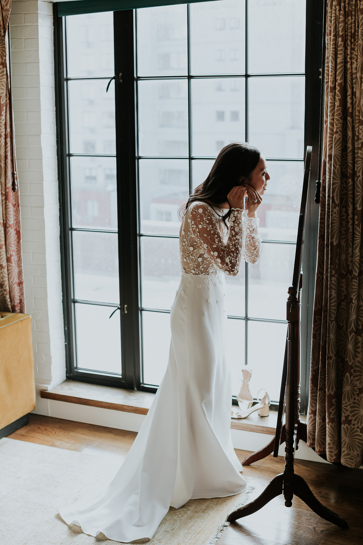 Bowery-Hotel-NYC-Documentary-Wedding-Photos-12.jpg