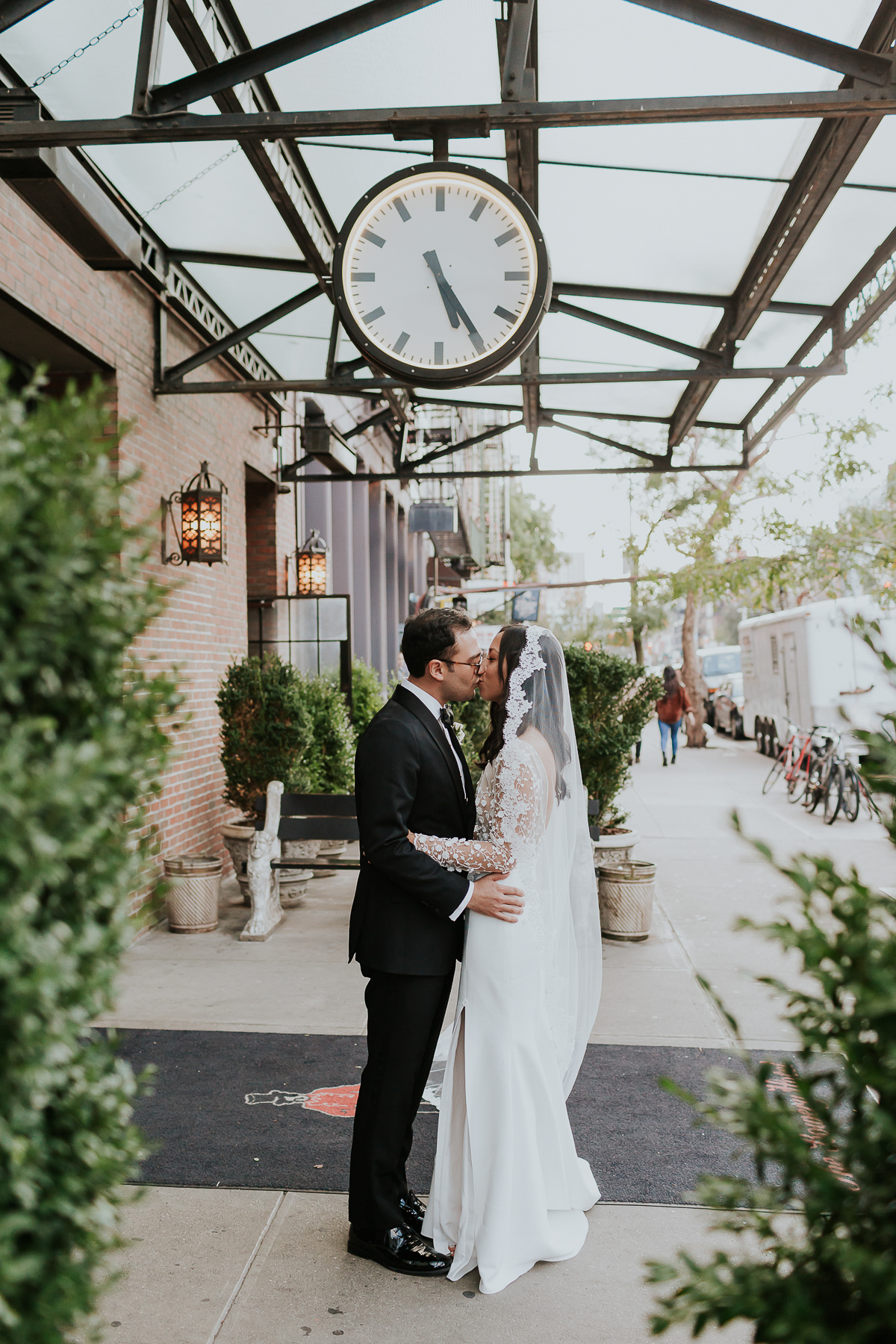 Bowery-Hotel-NYC-Documentary-Wedding-Photos-62.jpg