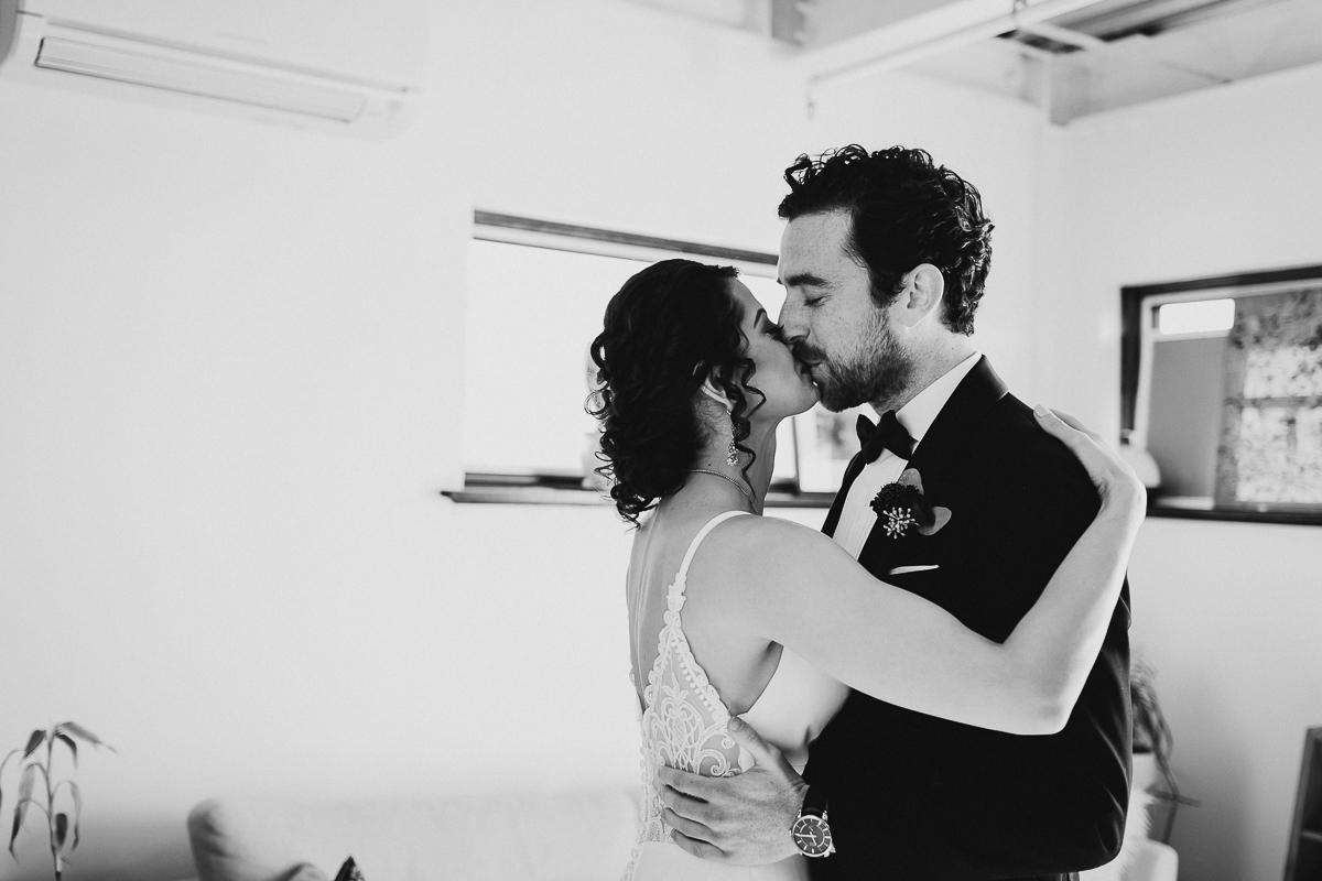 Humboldt-&-Jackson-Restaurant-Intimate-Brooklyn-Documentary-Wedding-Photographer-11.jpg