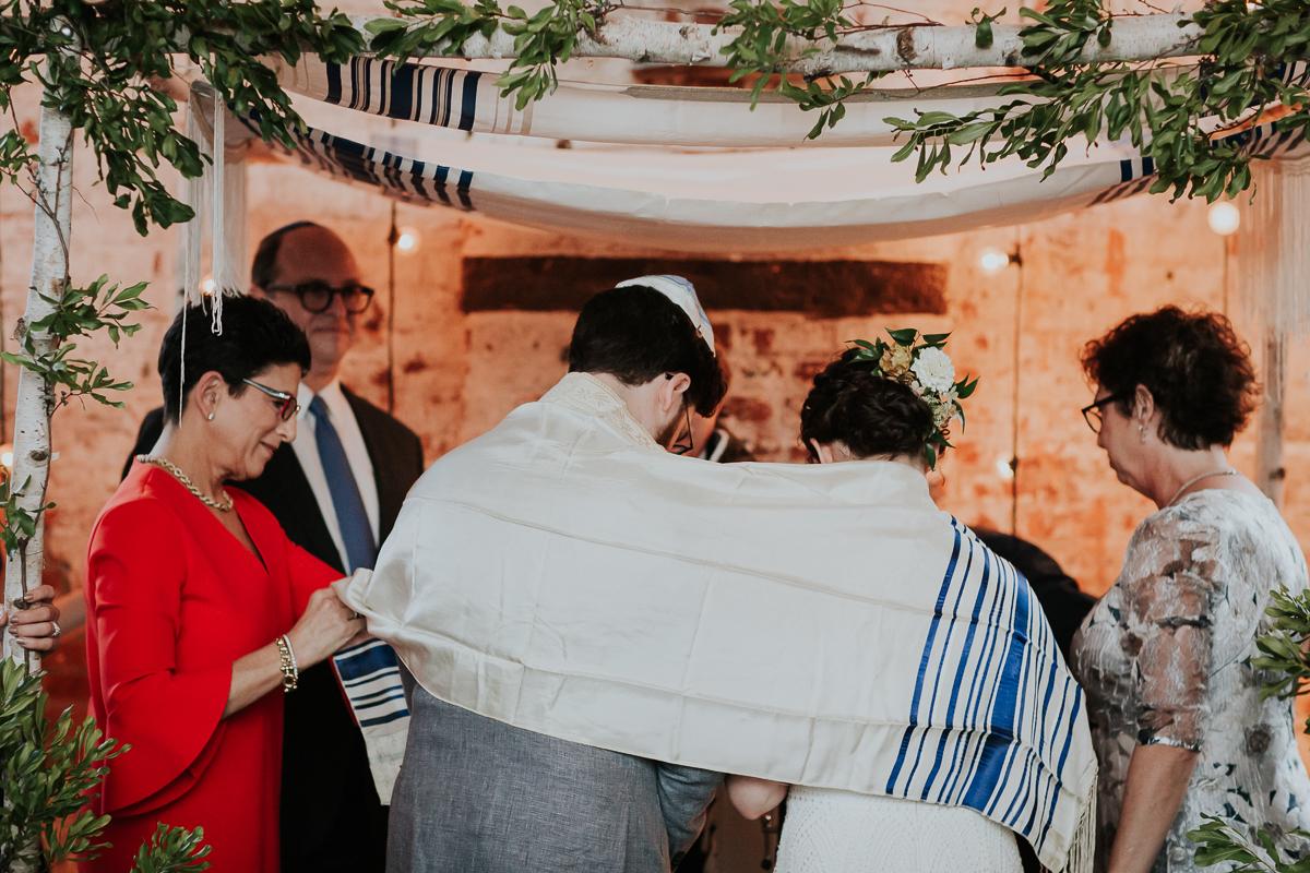 The-Green-Building-Jewish-Wedding-NYC-Brooklyn-Documentary-Wedding-Photographer-35.jpg