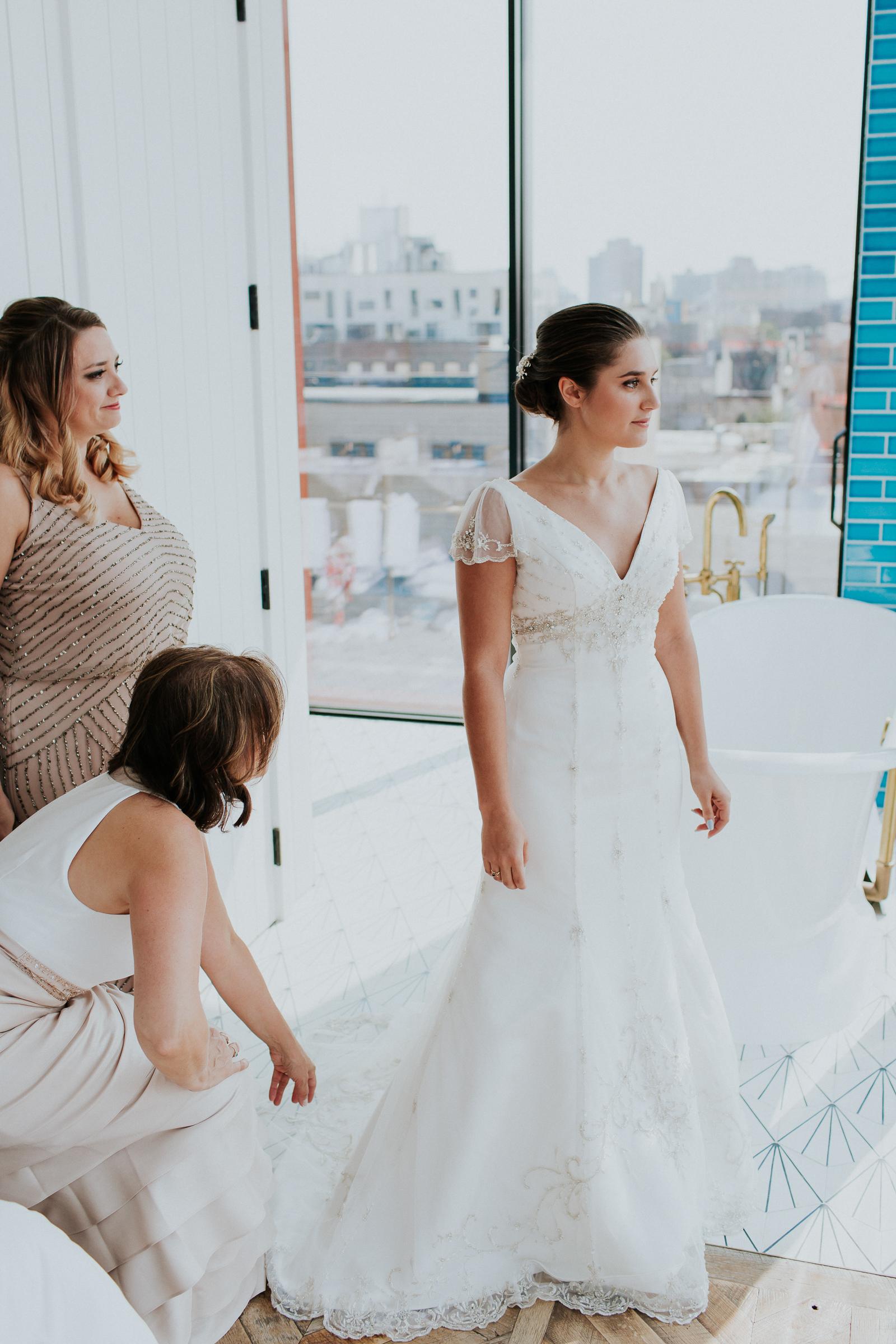 Brooklyn-Winery-NYC-Editorial-Documentary-Wedding-Photographer-Gina-Oli-11.jpg