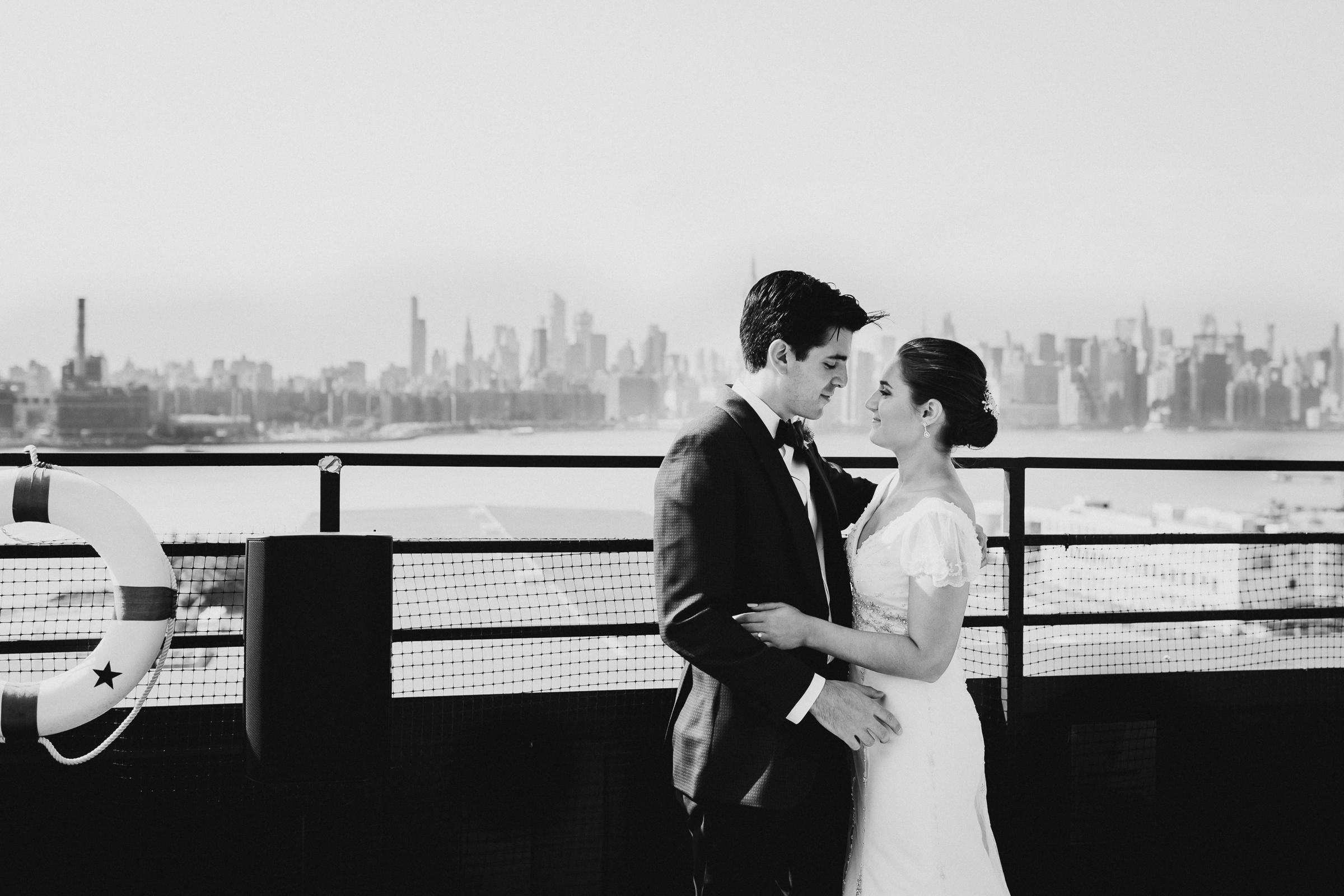 Brooklyn-Winery-NYC-Editorial-Documentary-Wedding-Photographer-Gina-Oli-32.jpg