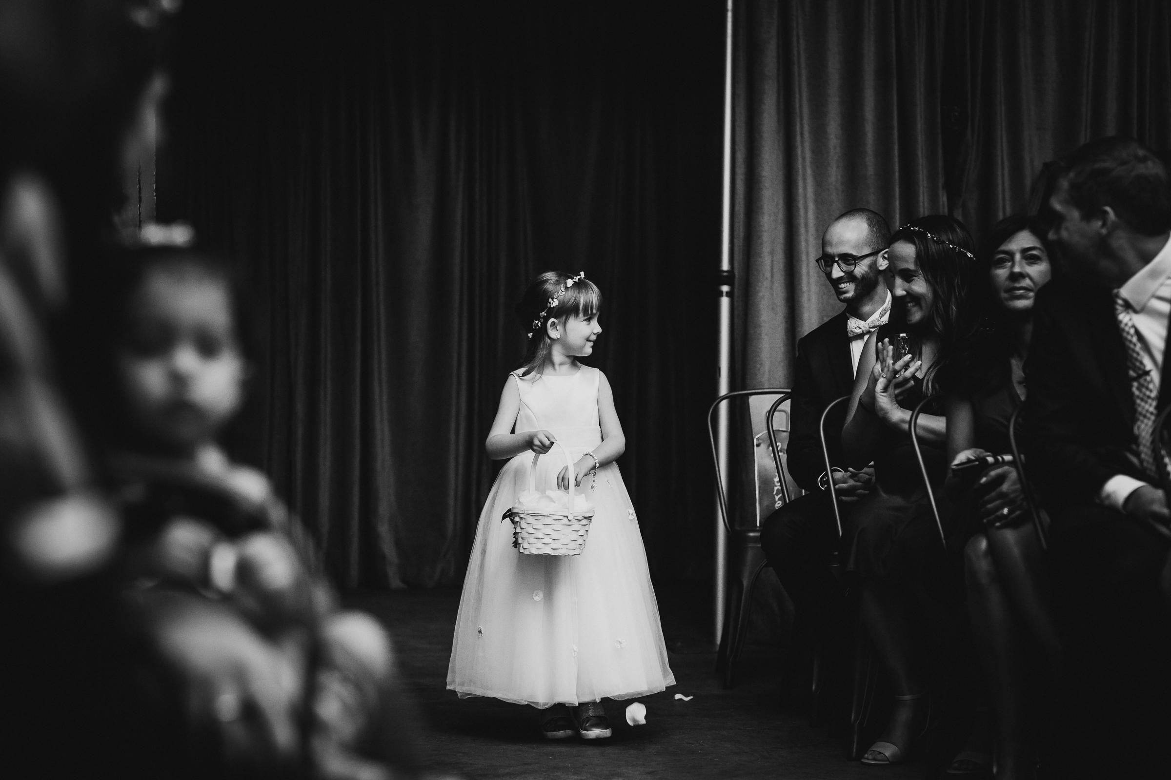Brooklyn-Winery-NYC-Editorial-Documentary-Wedding-Photographer-Gina-Oli-72.jpg