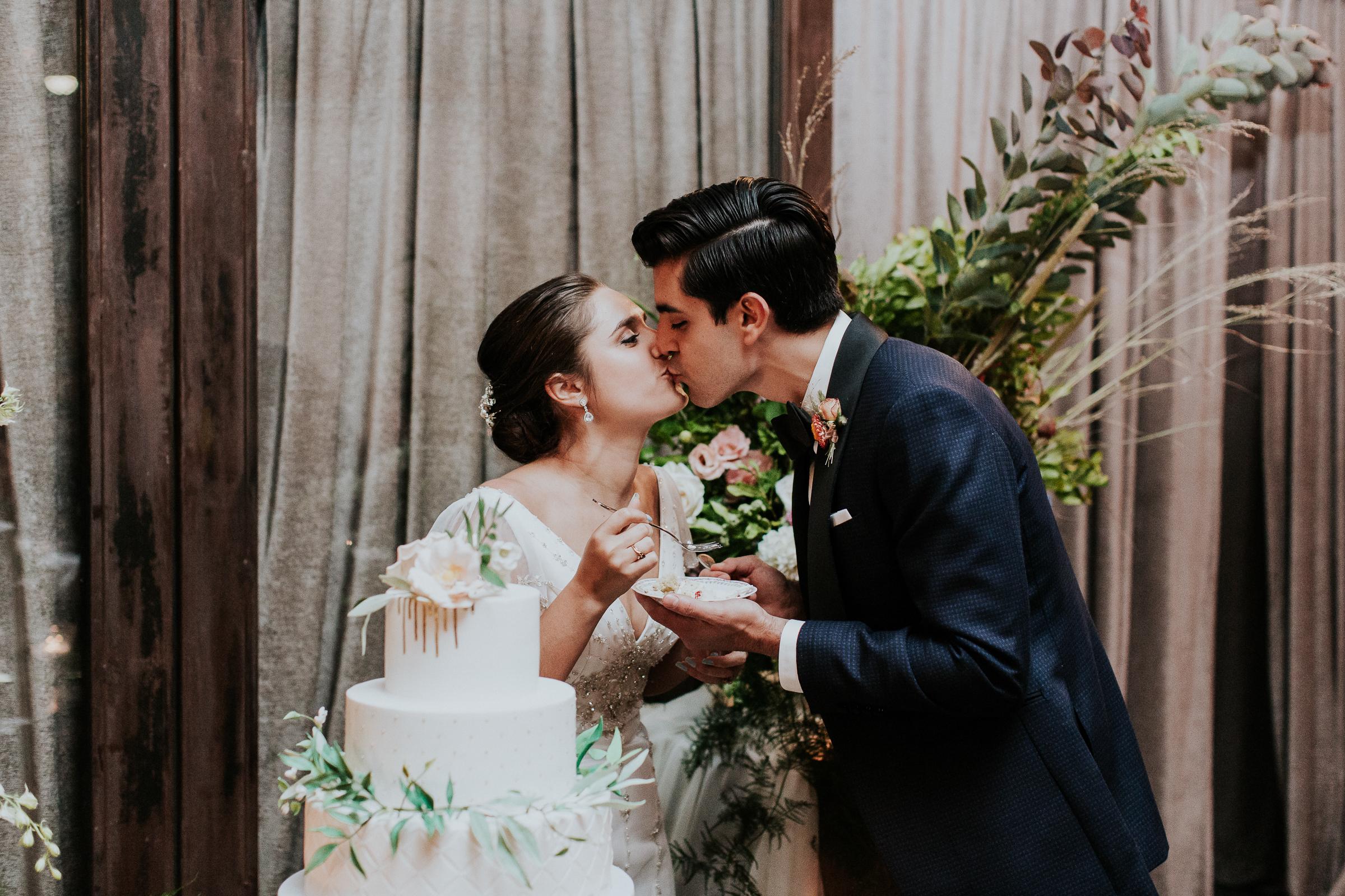 Brooklyn-Winery-NYC-Editorial-Documentary-Wedding-Photographer-Gina-Oli-98.jpg