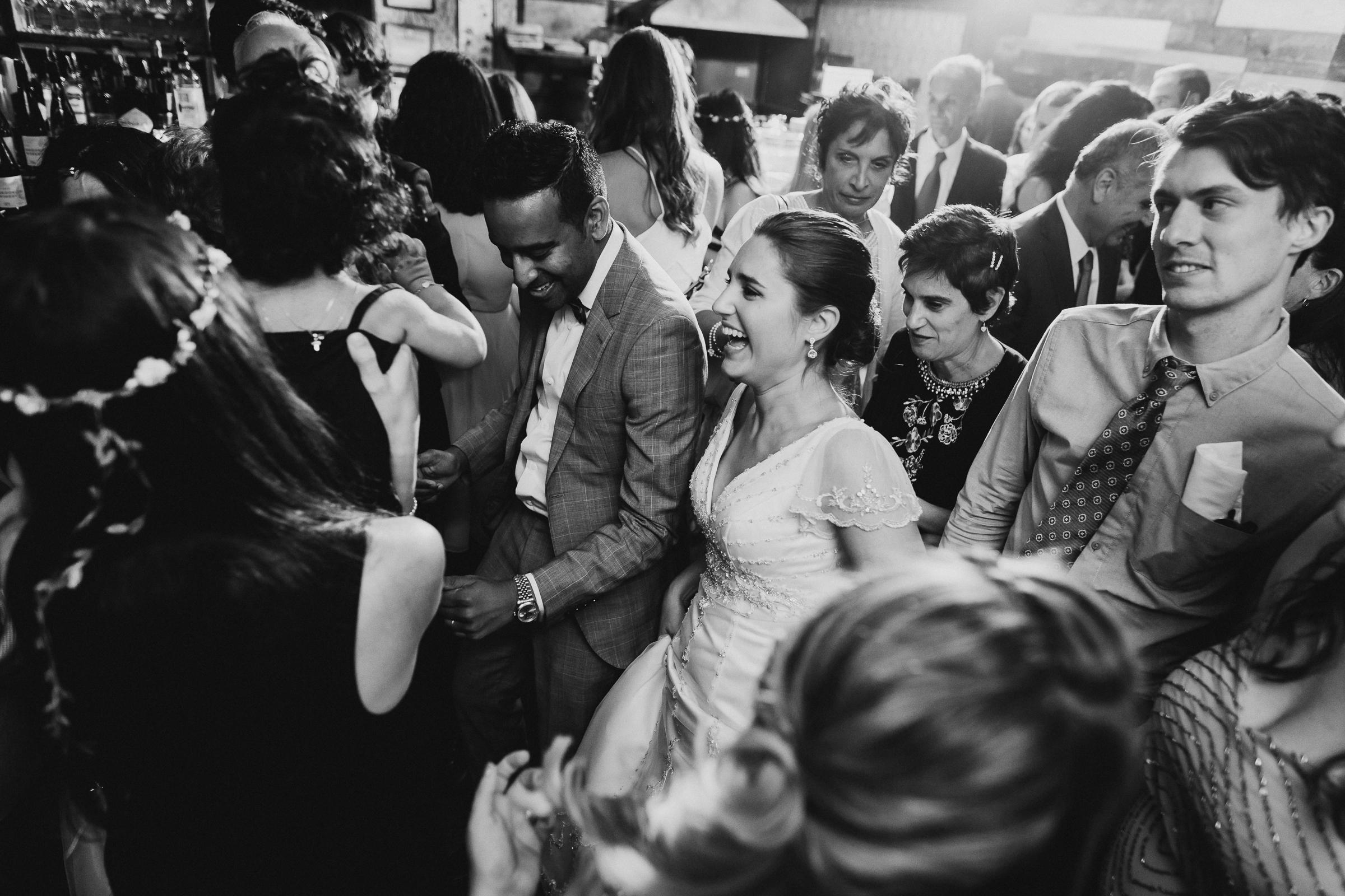 Brooklyn-Winery-NYC-Editorial-Documentary-Wedding-Photographer-Gina-Oli-109.jpg