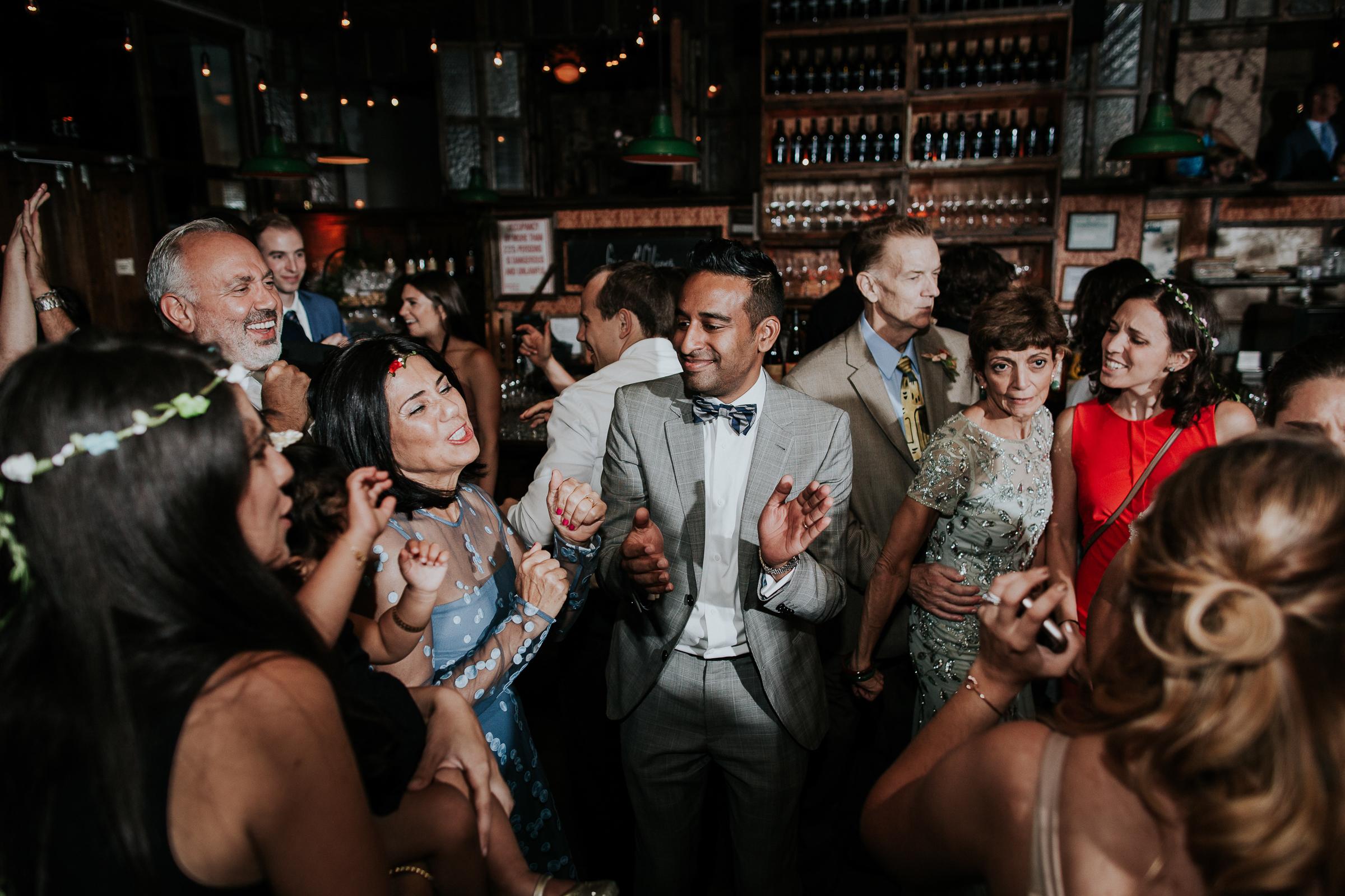 Brooklyn-Winery-NYC-Editorial-Documentary-Wedding-Photographer-Gina-Oli-110.jpg