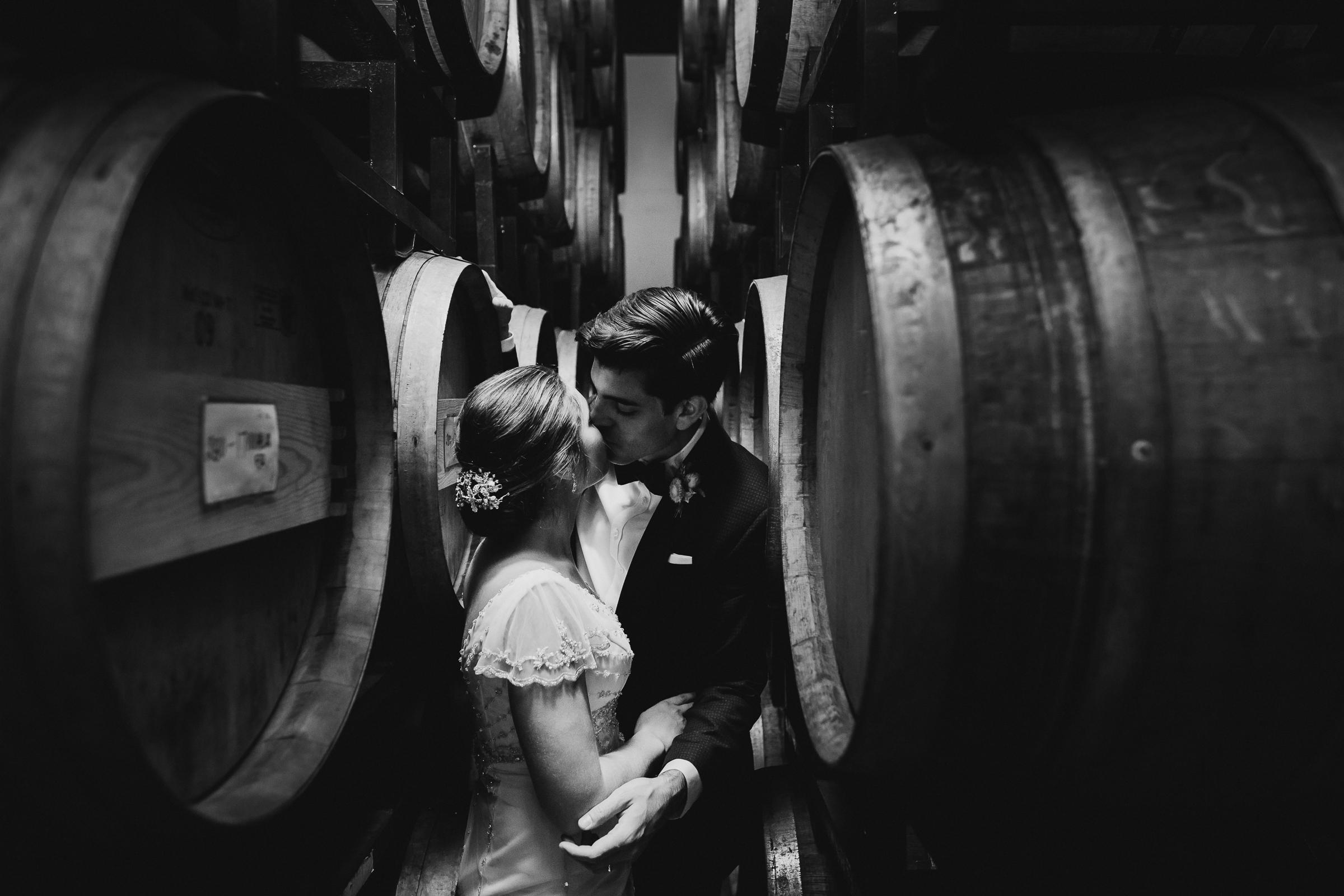 Brooklyn-Winery-NYC-Editorial-Documentary-Wedding-Photographer-Gina-Oli-112.jpg