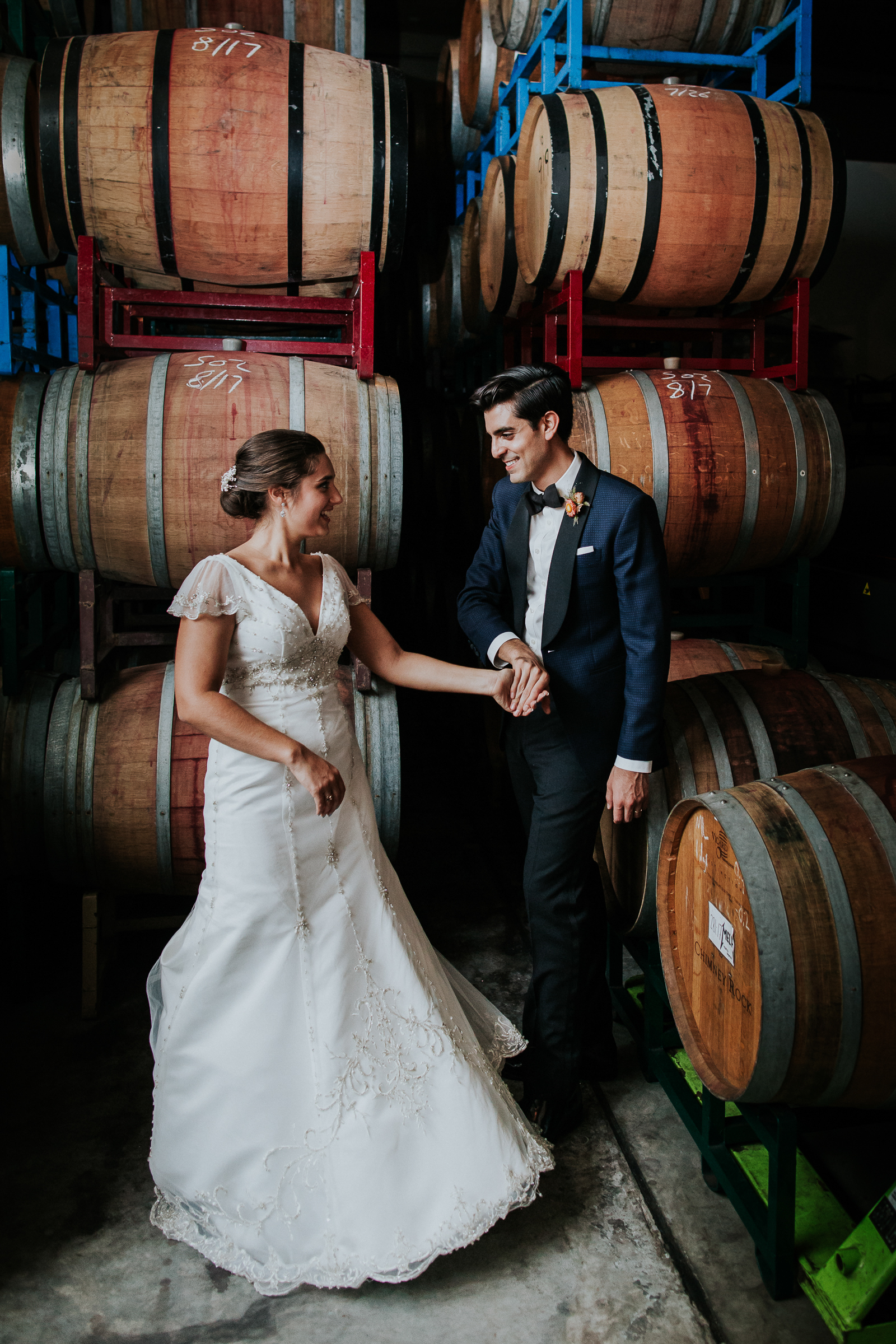 Brooklyn-Winery-NYC-Editorial-Documentary-Wedding-Photographer-Gina-Oli-114.jpg