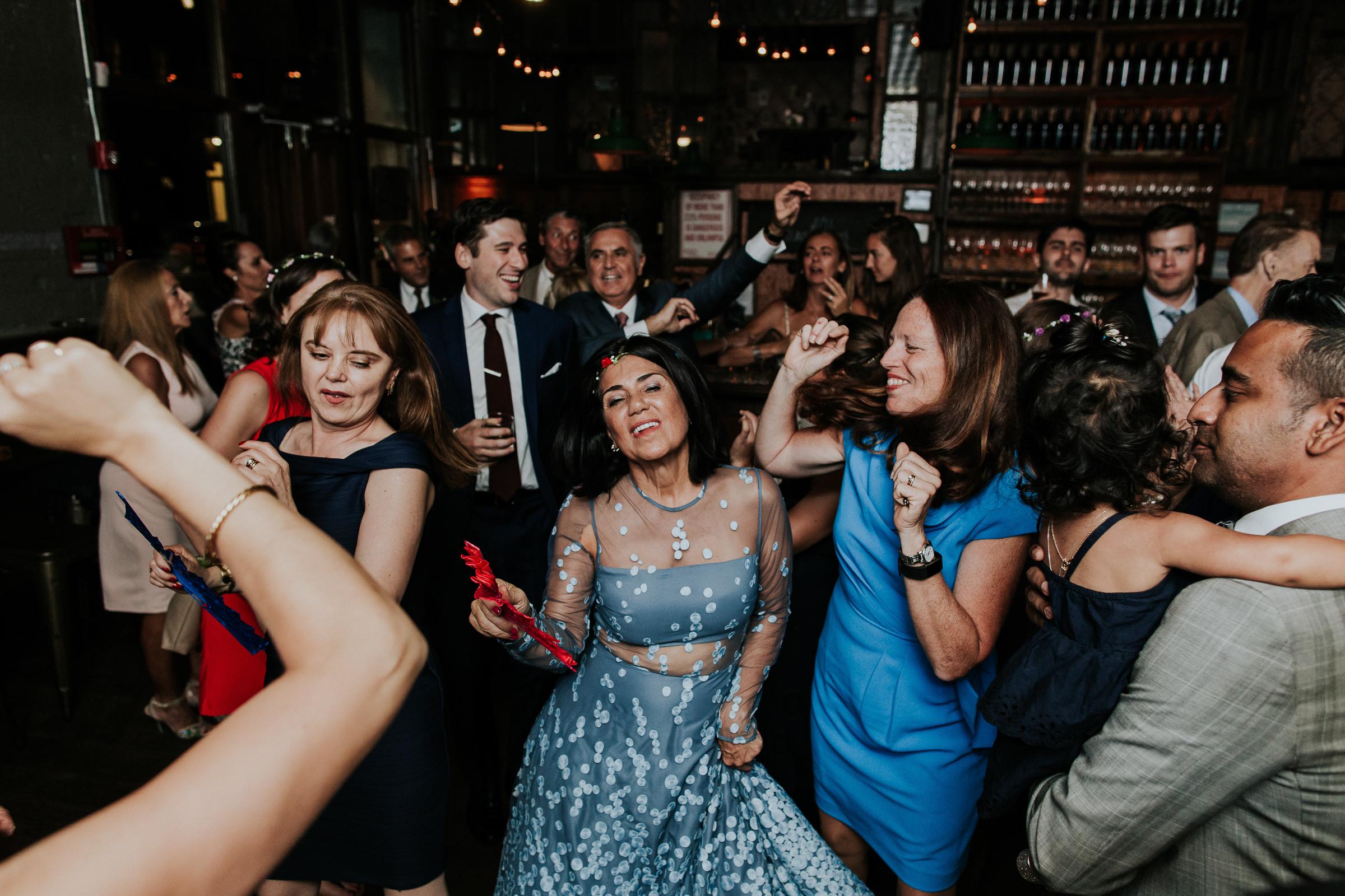 Brooklyn-Winery-NYC-Editorial-Documentary-Wedding-Photographer-Gina-Oli-115.jpg