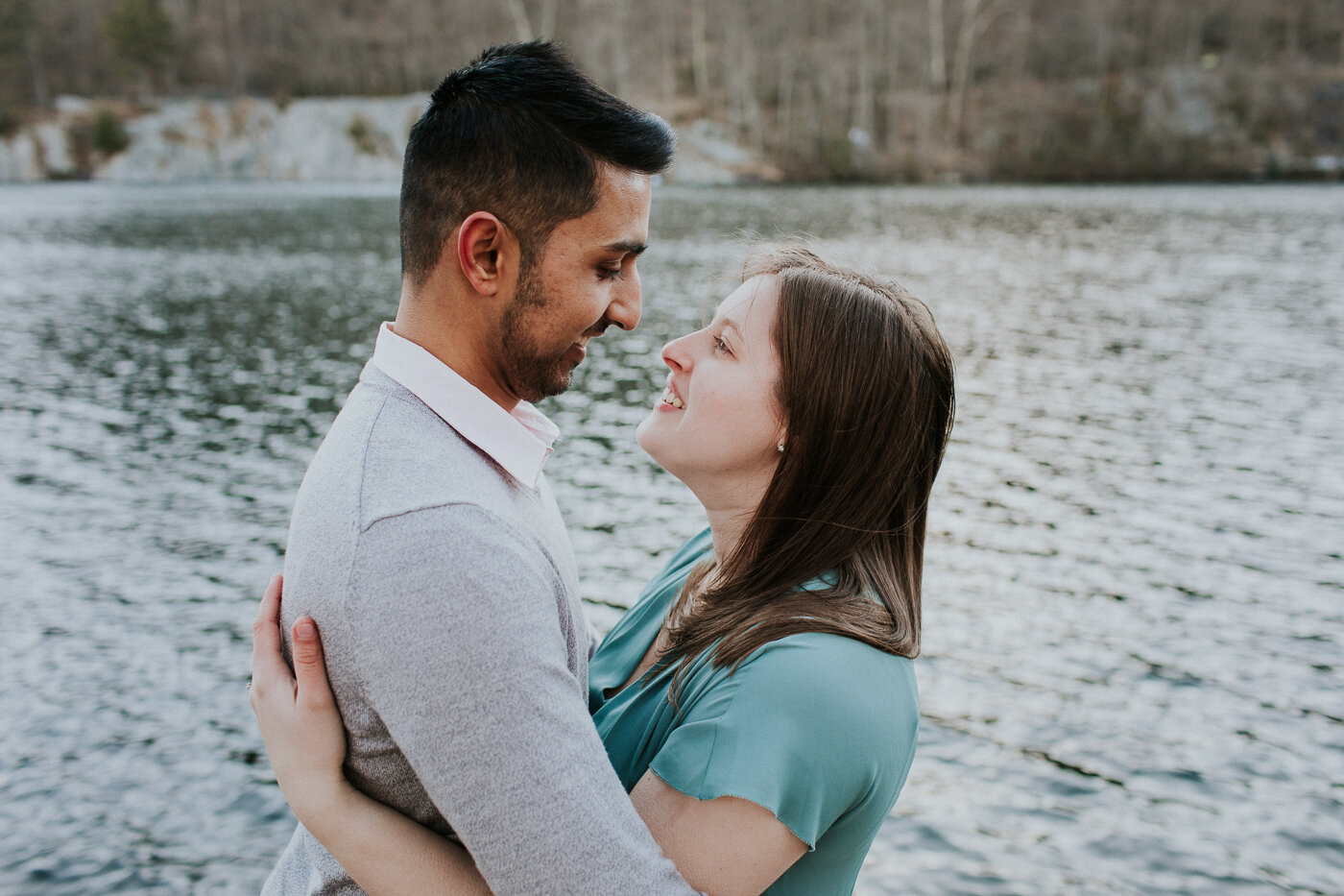 BearMountainStateParkEngagmentPhotos-11.jpg
