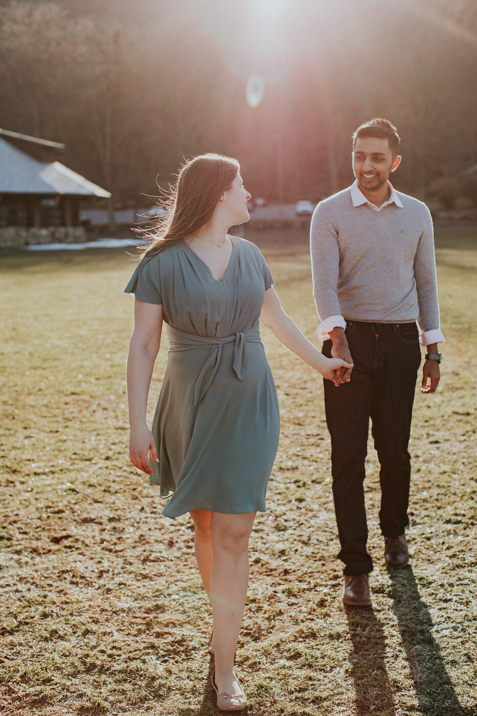 BearMountainStateParkEngagmentPhotos-17.jpg