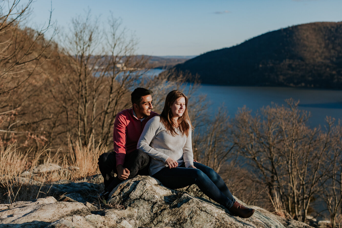 BearMountainStateParkEngagmentPhotos-19.jpg