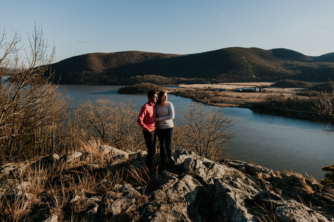 BearMountainStateParkEngagmentPhotos-21.jpg