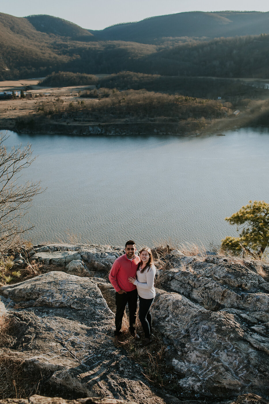 BearMountainStateParkEngagmentPhotos-29.jpg