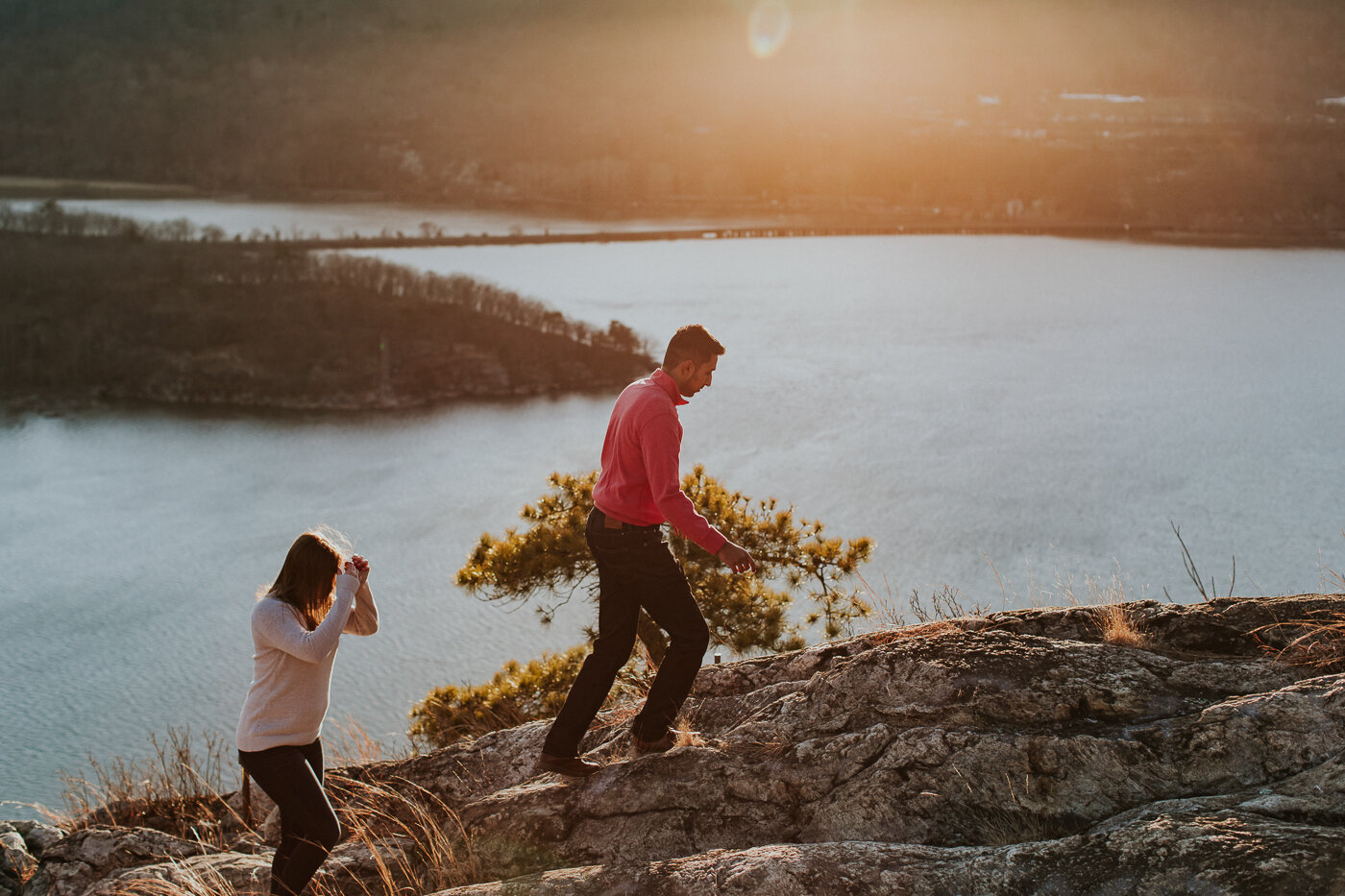 BearMountainStateParkEngagmentPhotos-36.jpg