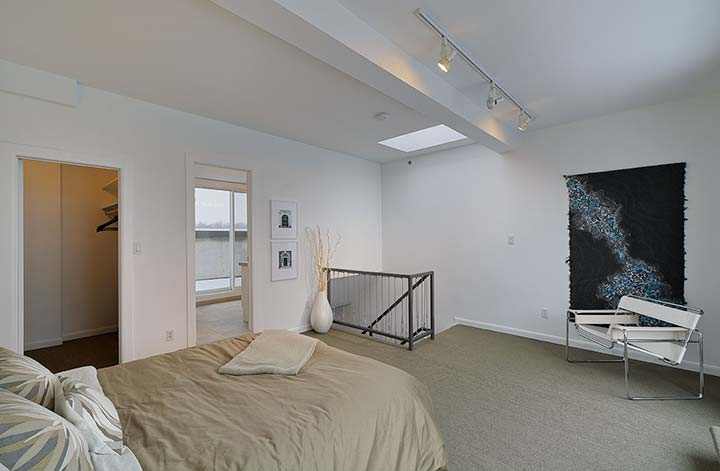 028-Master-Bedroom-With-Walk-In-Closet-and-North-Patio-Ensuite.jpg