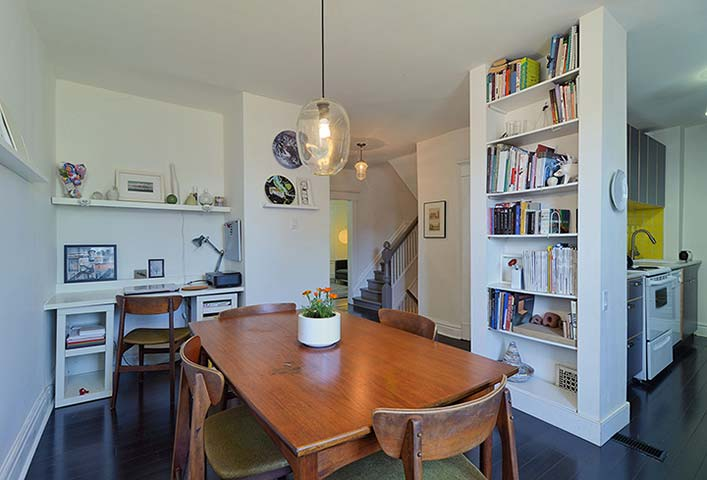 010-Kitchen-and-Dining-Area.jpg