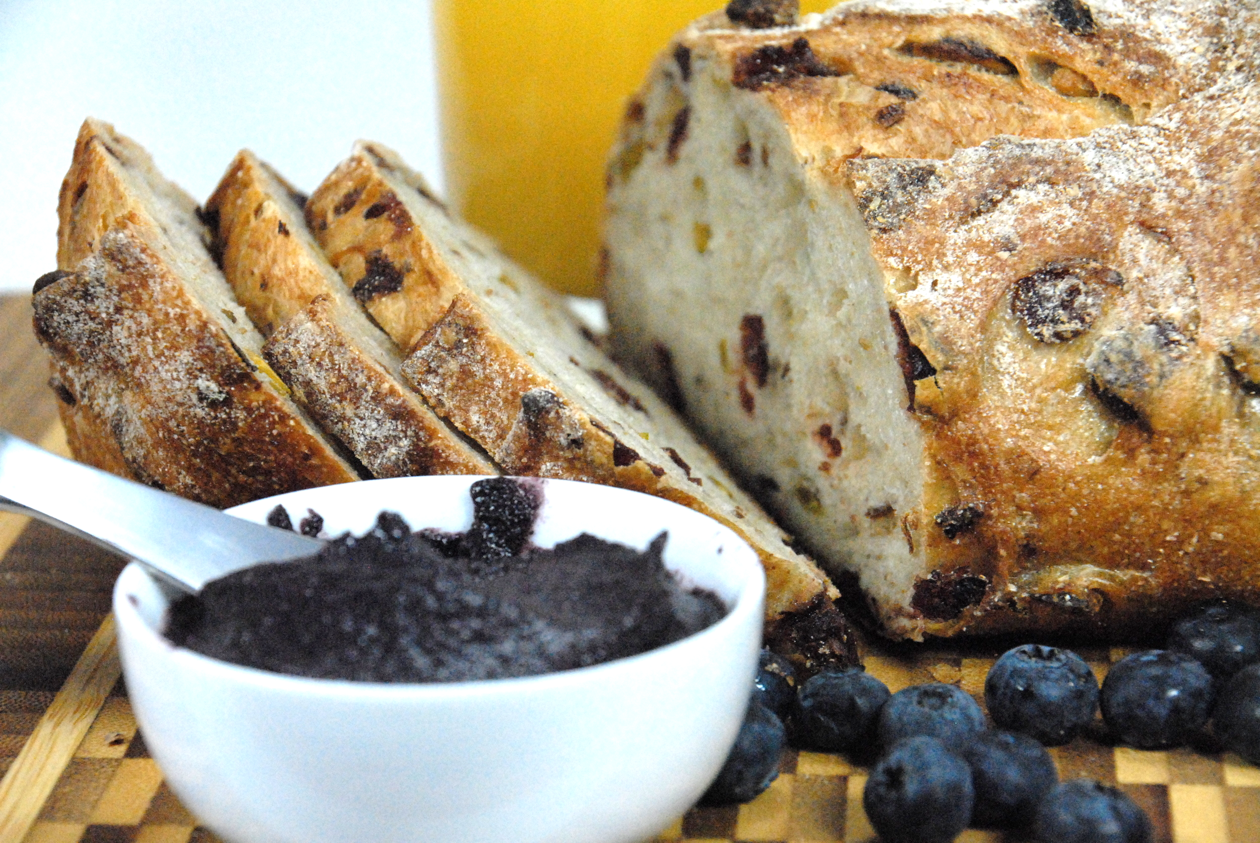 Artisanal bread with Forte chocolate fruit spread