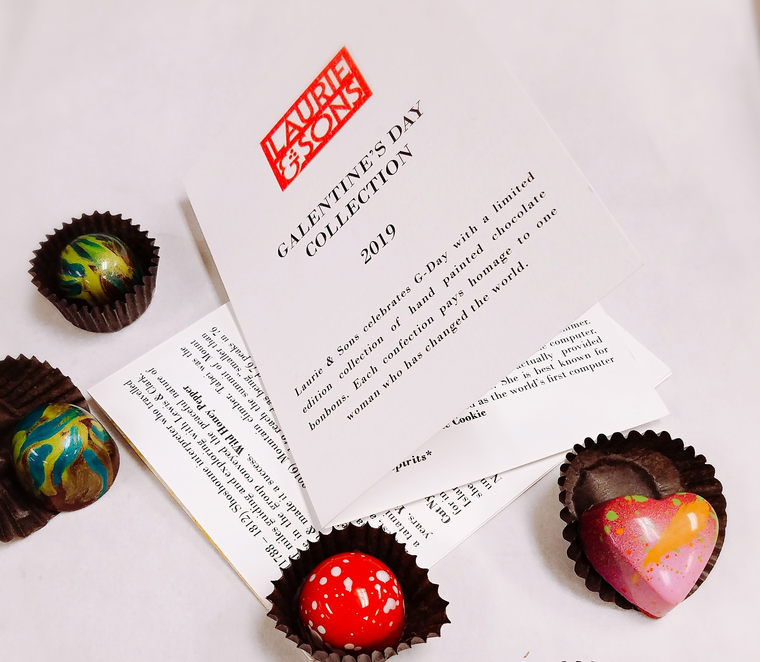 Booklet with bonbons for web.jpg