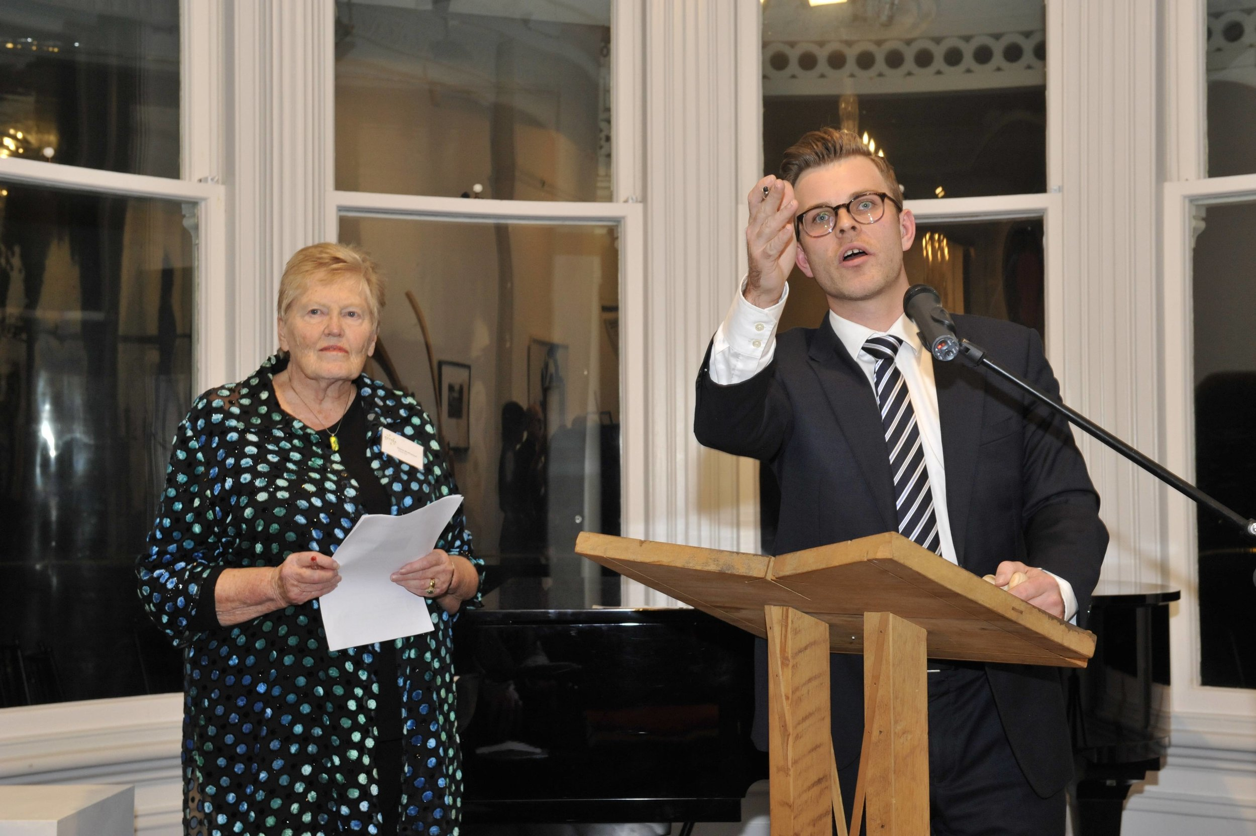 Māpura Studios Director Diana McPherson (left) with Auctioneer Charles Ninow (right) of BowerbankNinow Auctions
