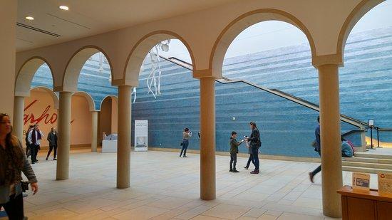 the-blanton-museum-of.jpg