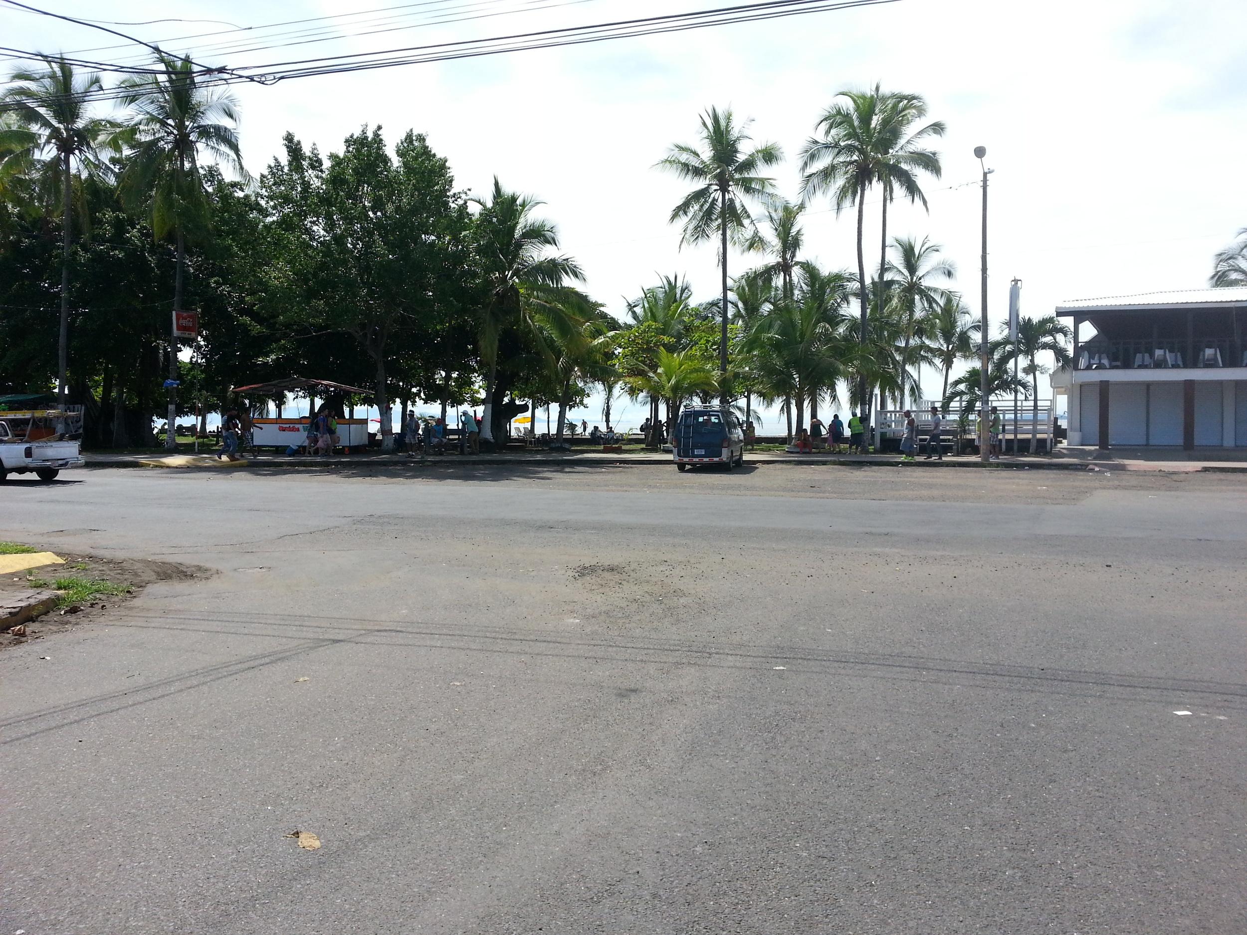 Puntarenas beach promenade