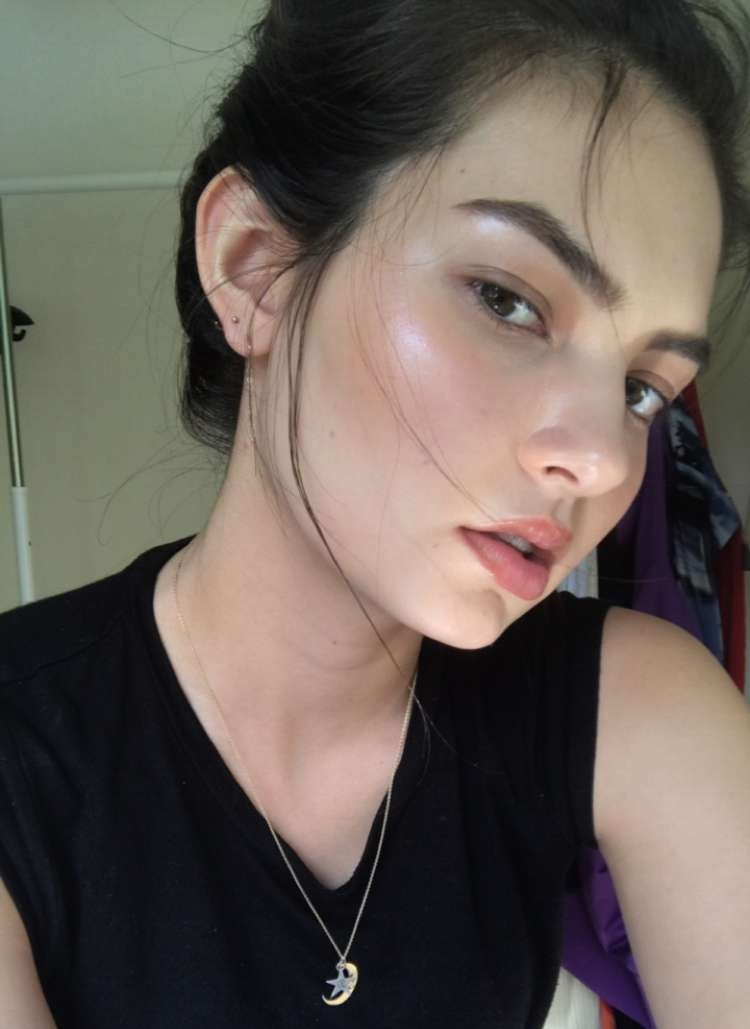 Minimal Weekend Makeup