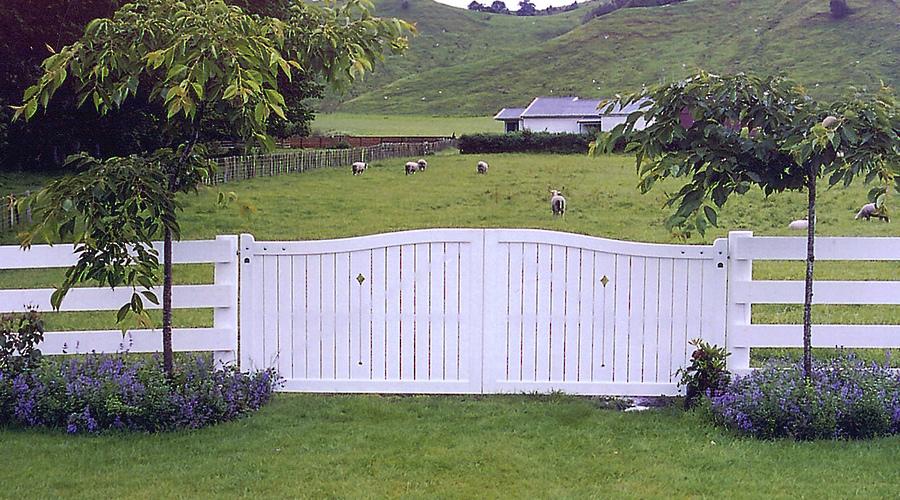 CEDUNA GATE.jpg