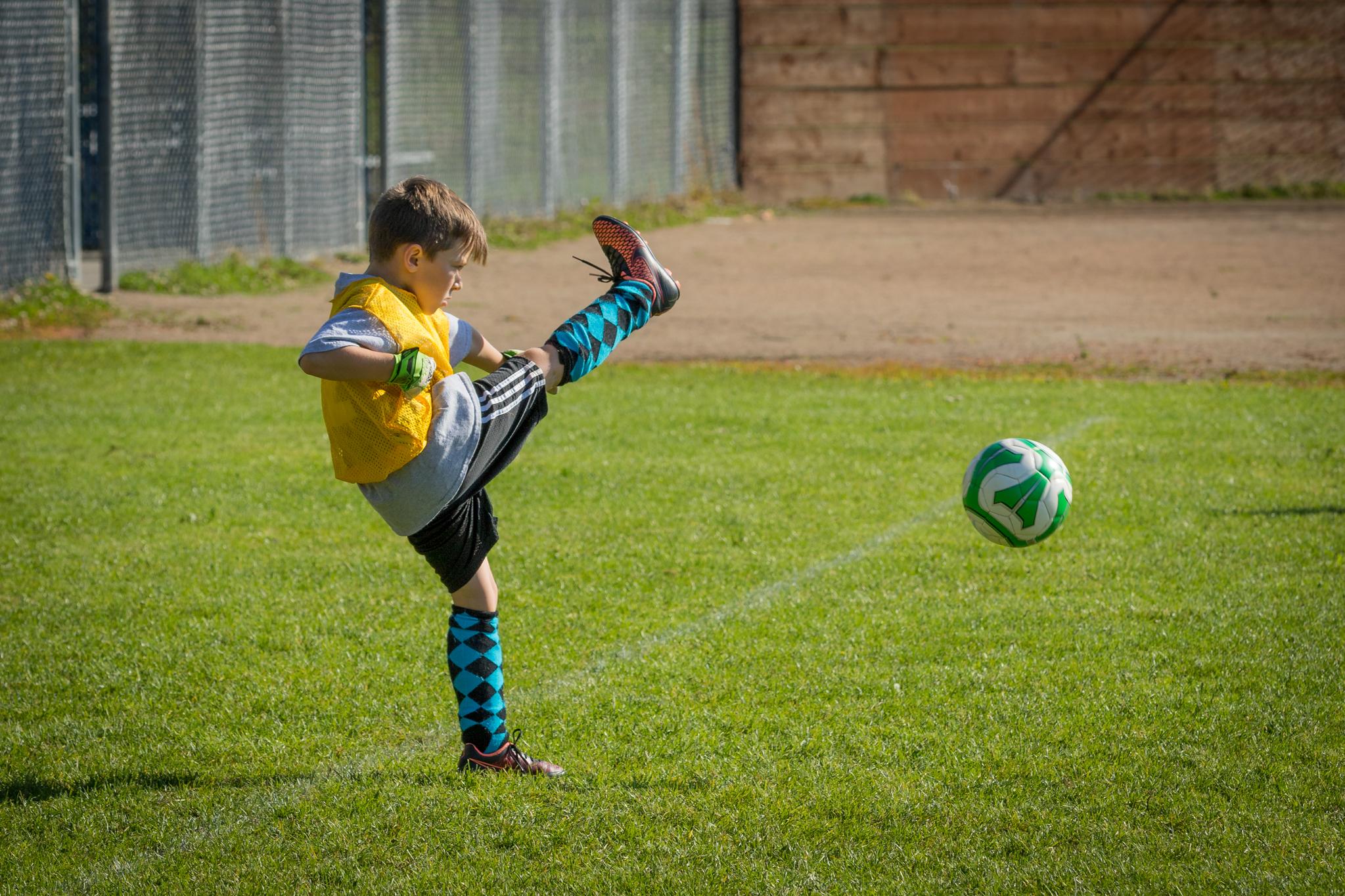 Finn Soccer 100315 L46A8443-14_.jpg