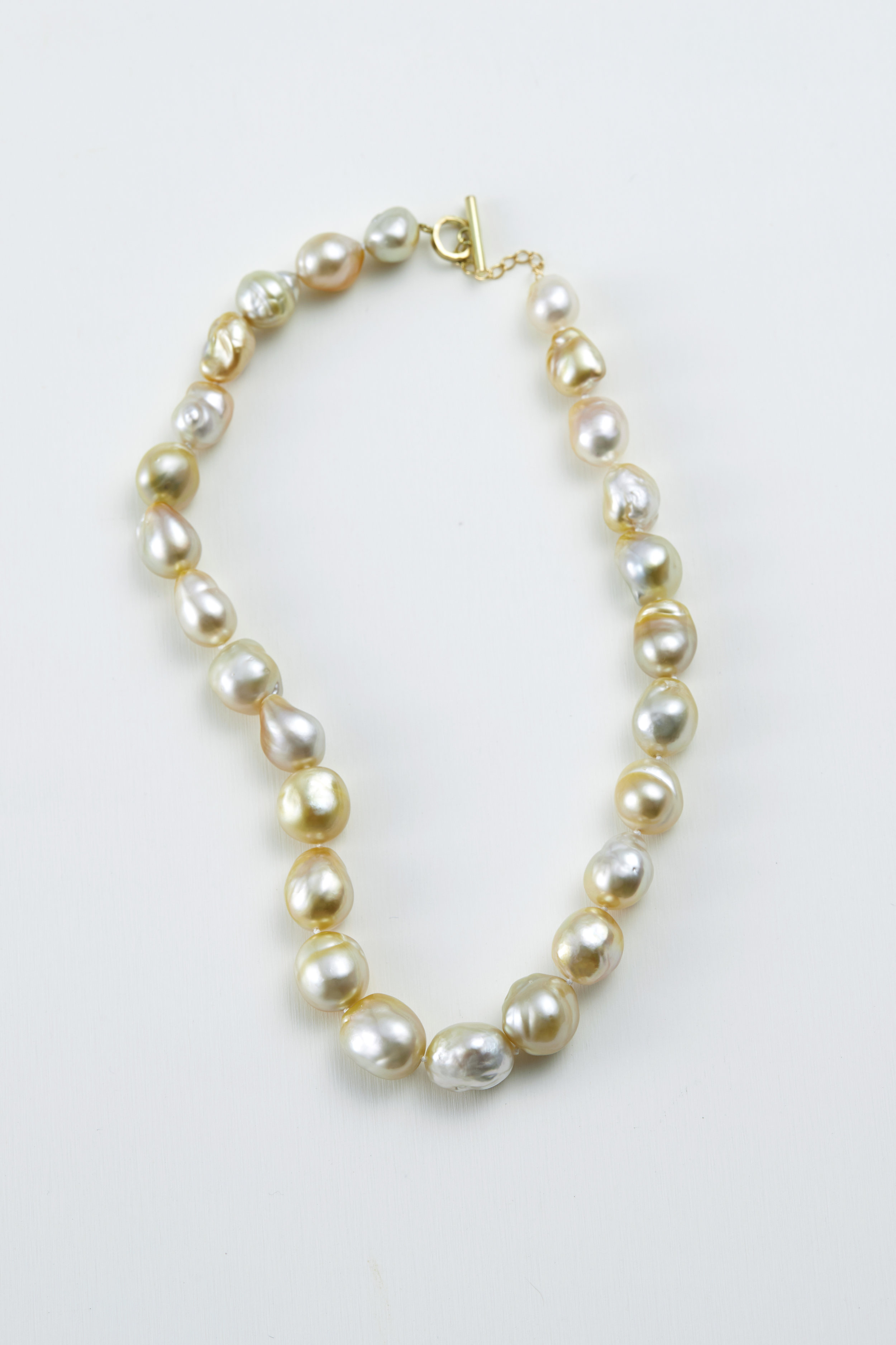 Baroque South sea pearl necklace/ gold, 18ct gold -N300100