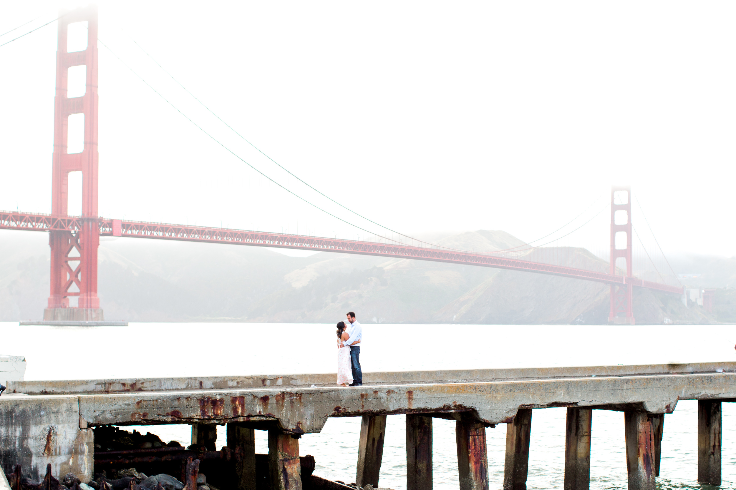 fort-point-pier-san-francisco-engagement-photography