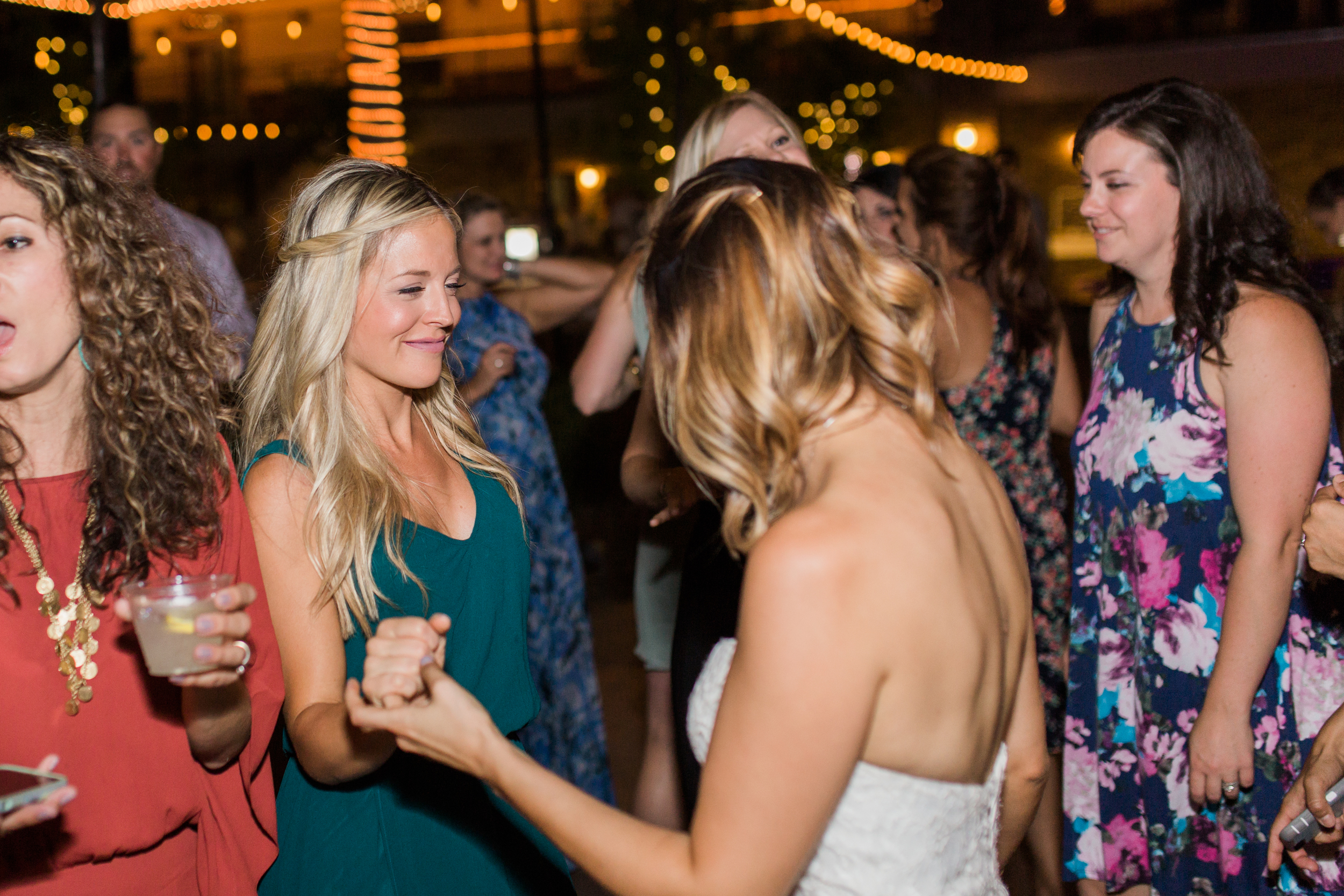 wolfe_heights_event_center_wedding_photography