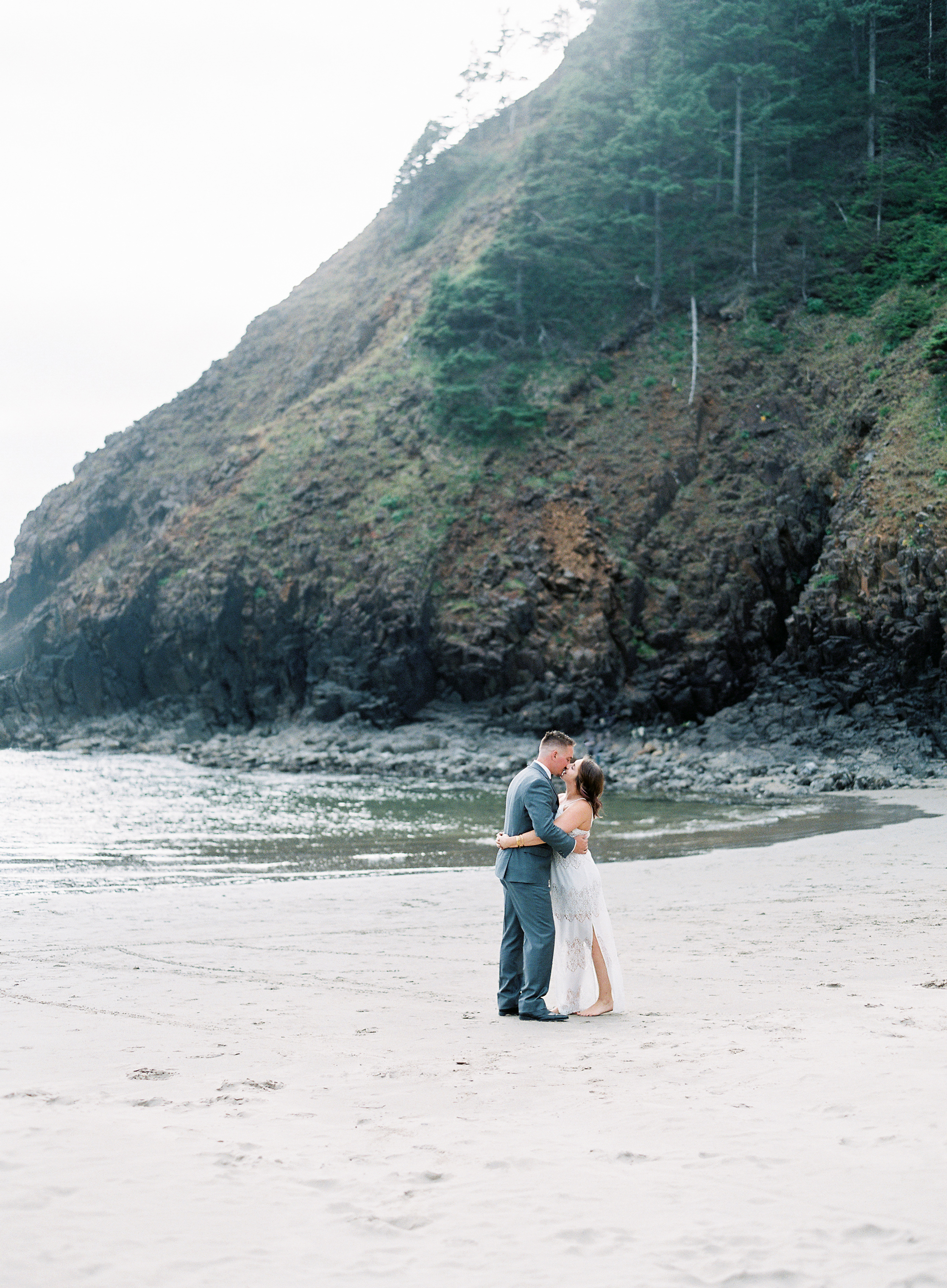 indian-beach-oregon-engagement-41.jpg