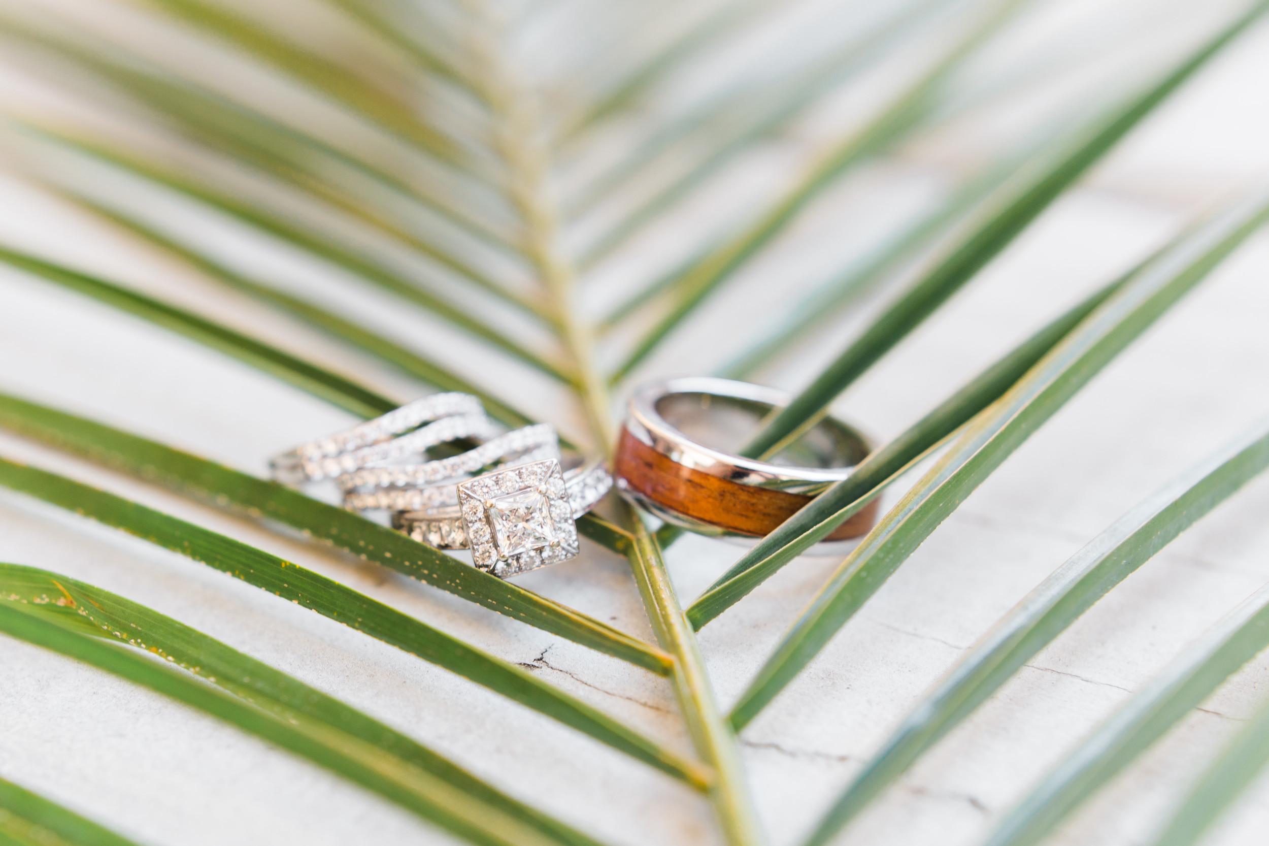hawaiian-inspired-wedding-at-blackhawk-country-club-1130.jpg