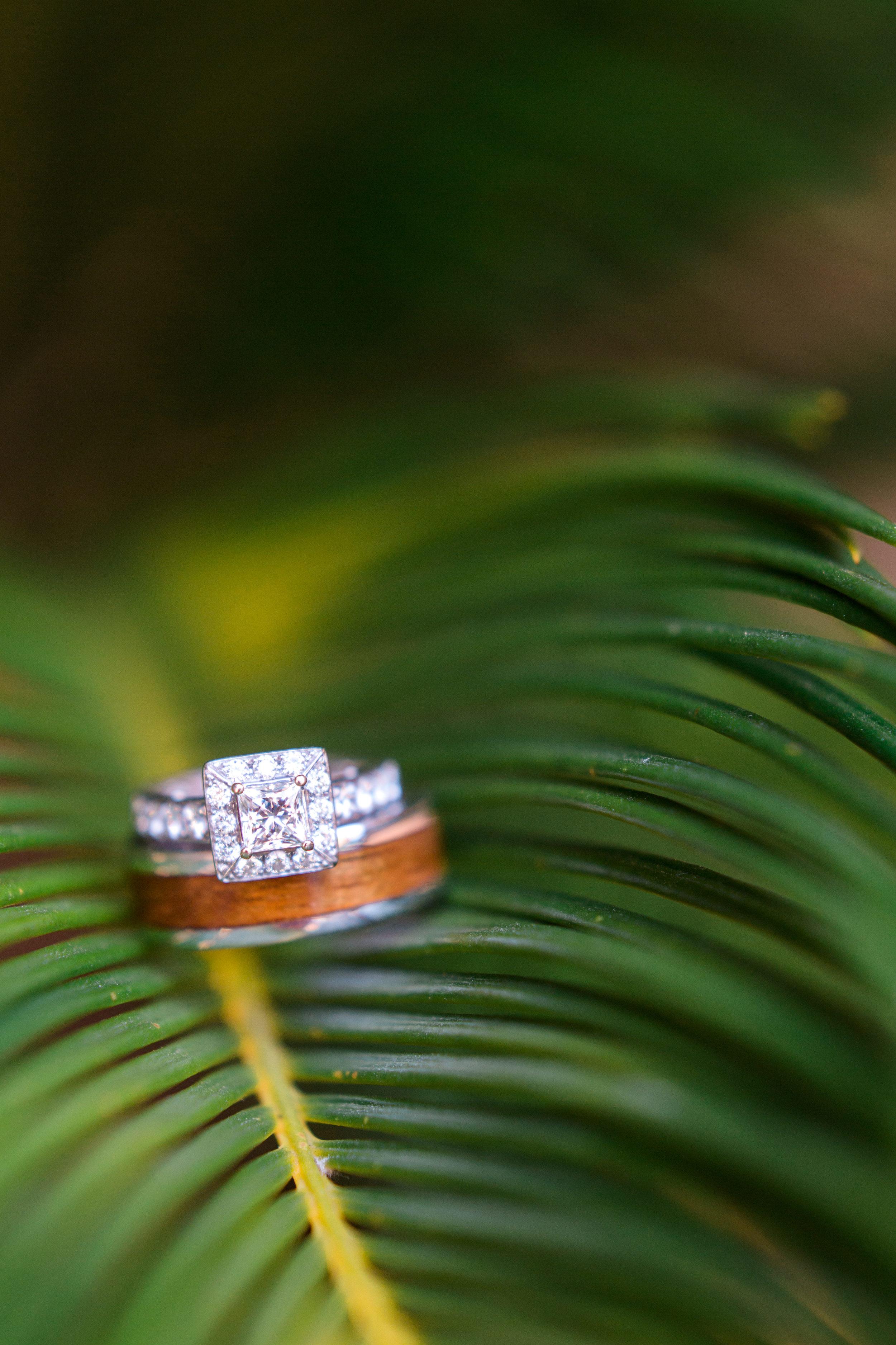 hawaiian-inspired-wedding-at-blackhawk-country-club-1136.jpg
