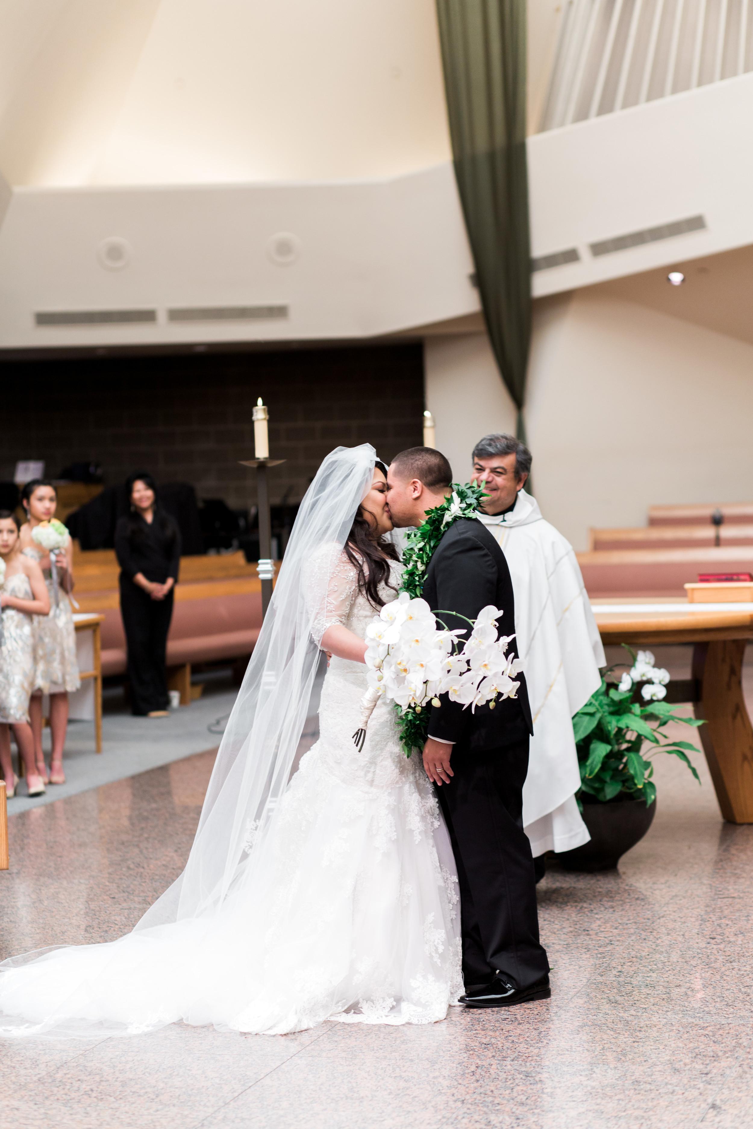 hawaiian-inspired-wedding-at-blackhawk-country-club-2178.jpg