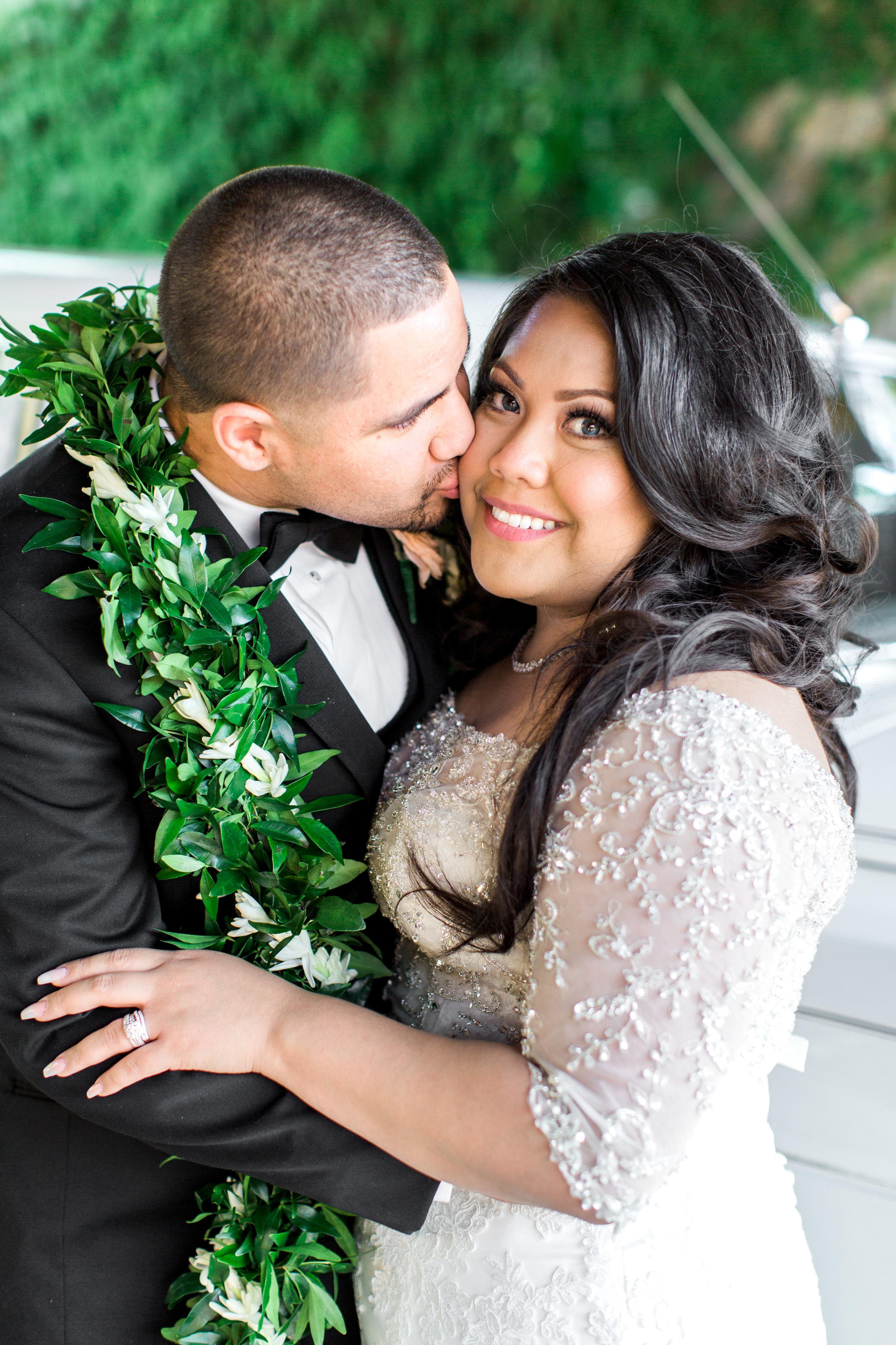 hawaiian-inspired-wedding-at-blackhawk-country-club-2561.jpg