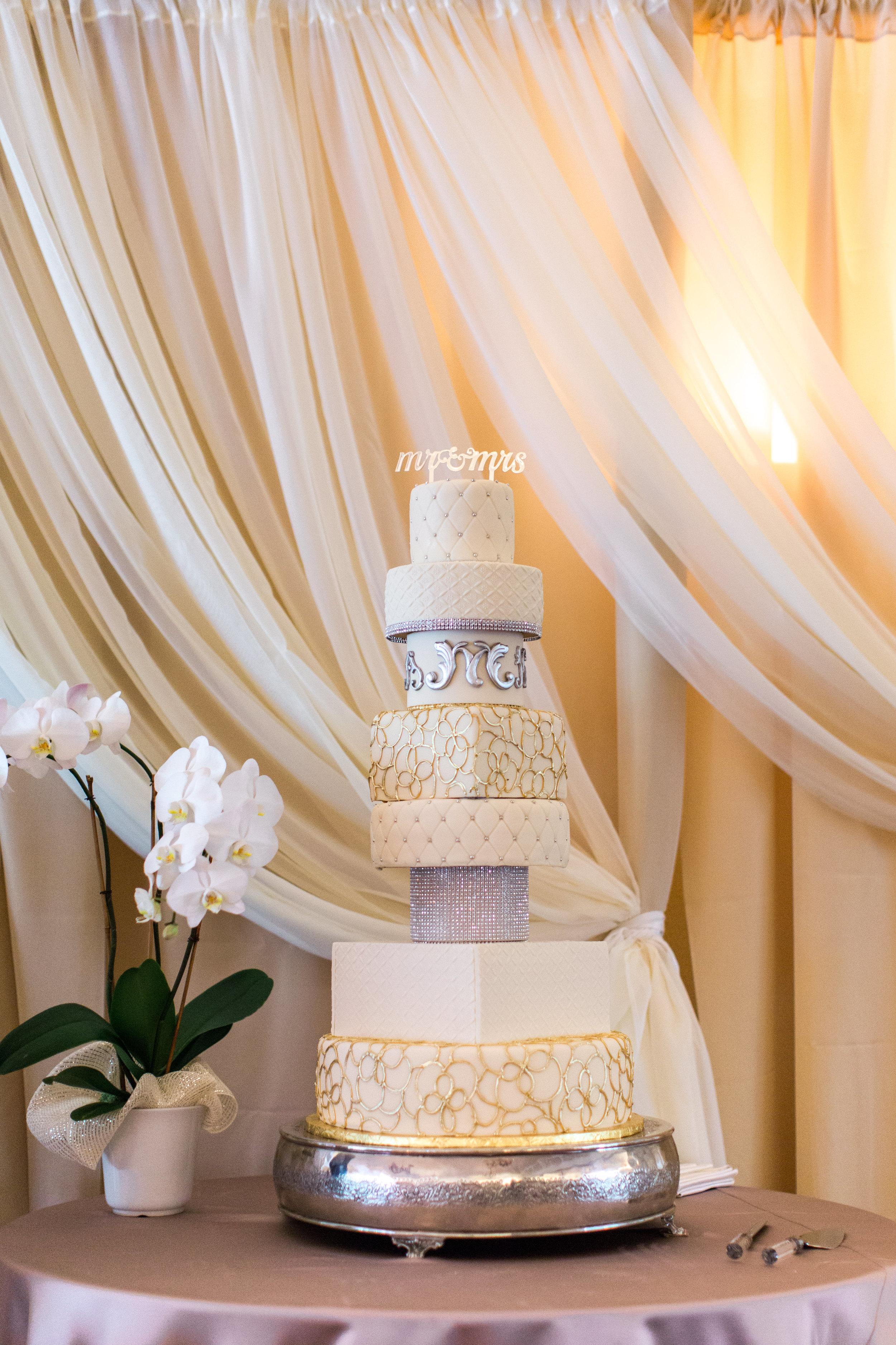 hawaiian-inspired-wedding-at-blackhawk-country-club-2801.jpg