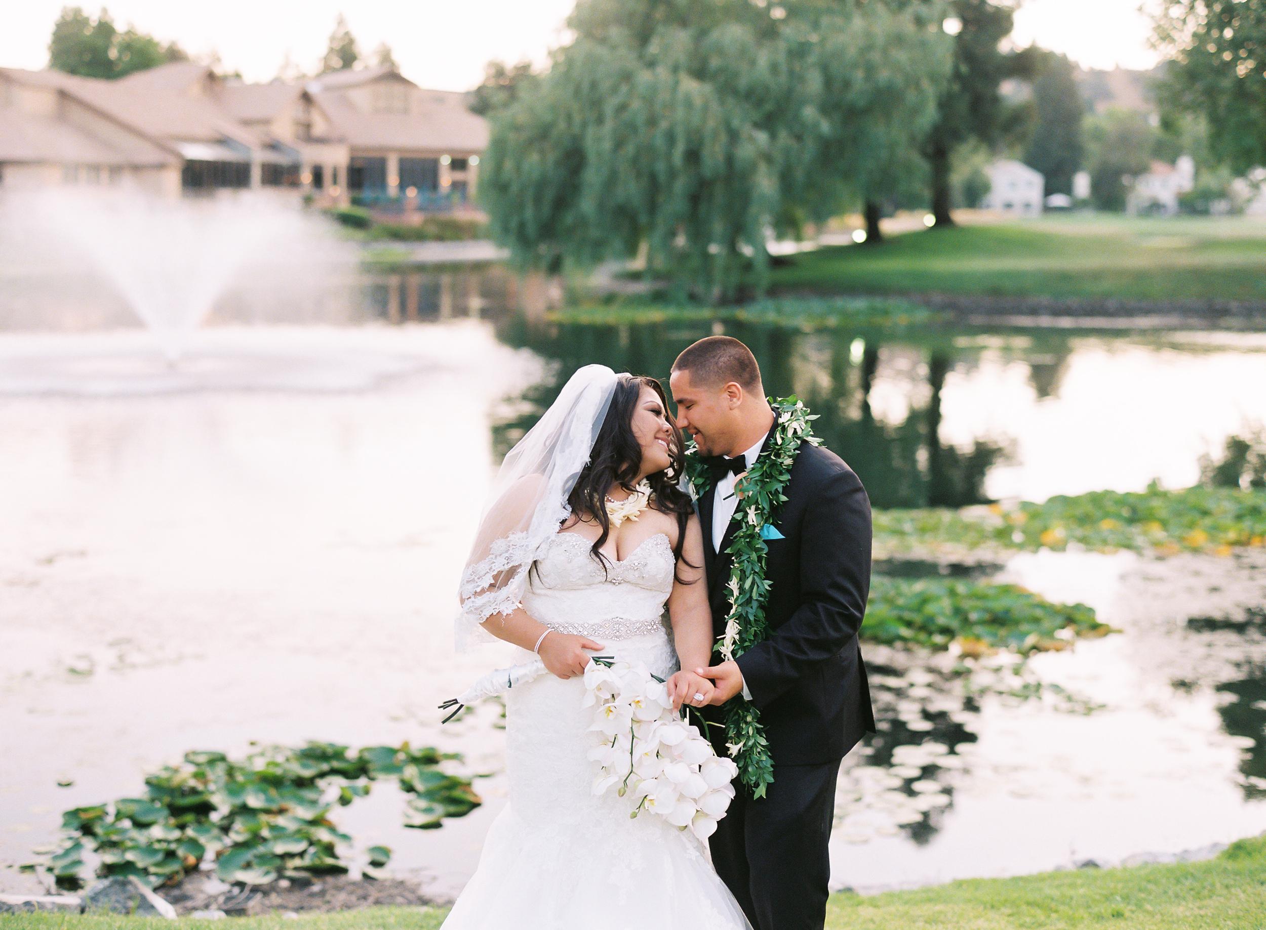 hawaiian-inspired-wedding-at-blackhawk-country-club-003.jpg