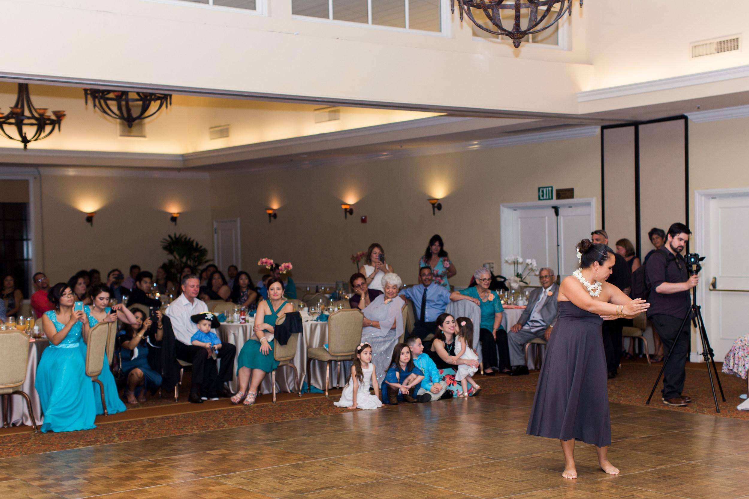 hawaiian-inspired-wedding-at-blackhawk-country-club-3471.jpg