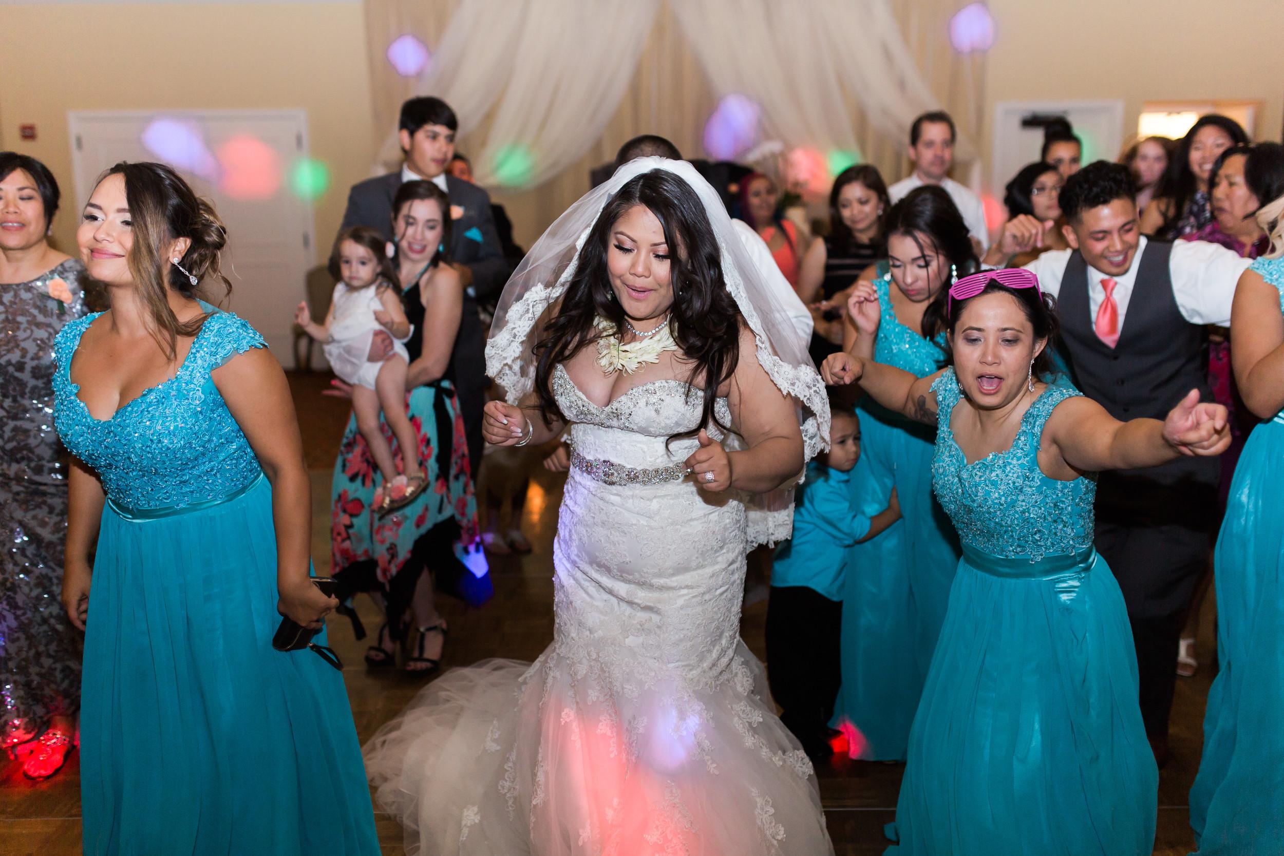hawaiian-inspired-wedding-at-blackhawk-country-club-3762.jpg