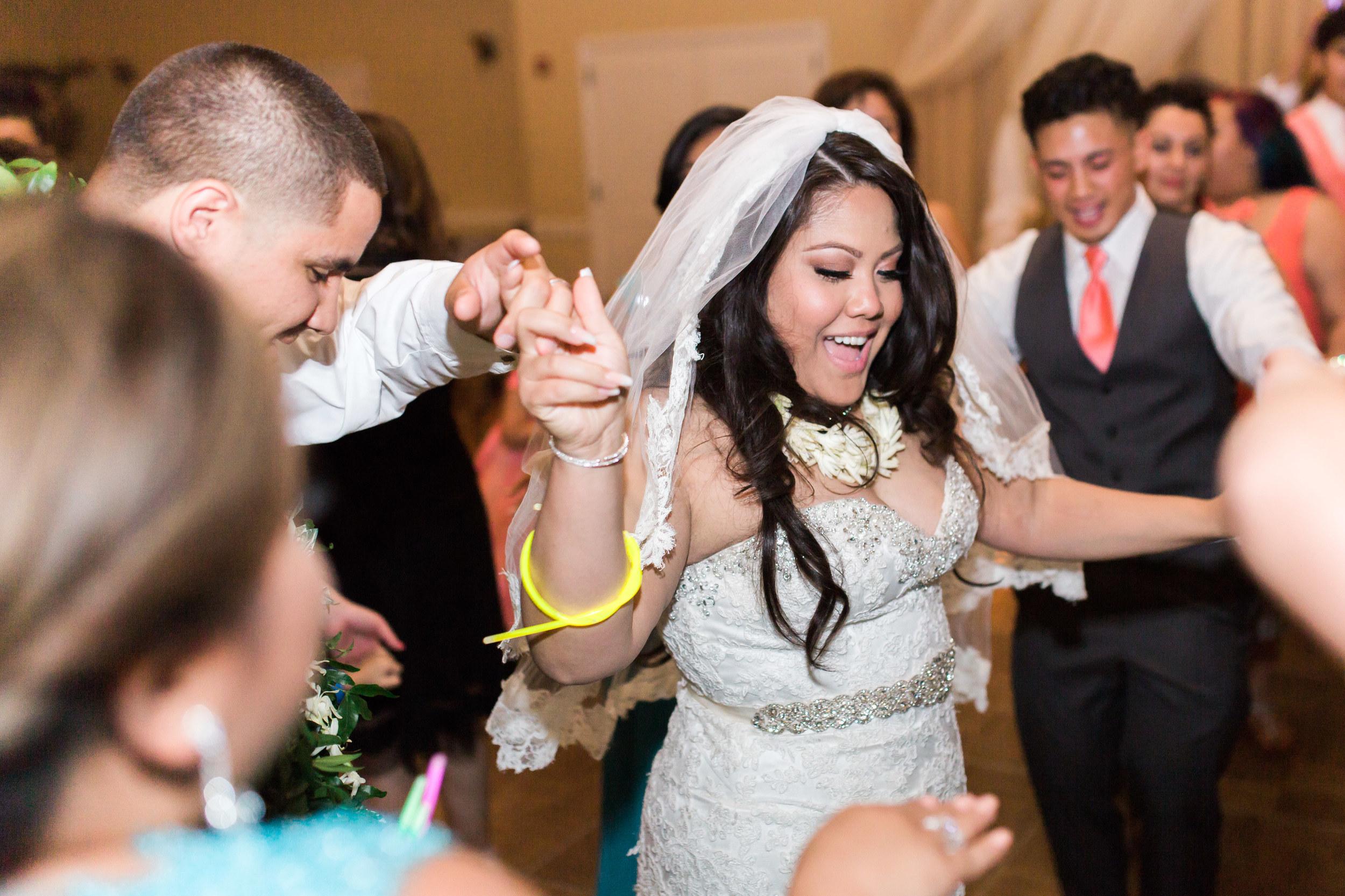 hawaiian-inspired-wedding-at-blackhawk-country-club-3846.jpg