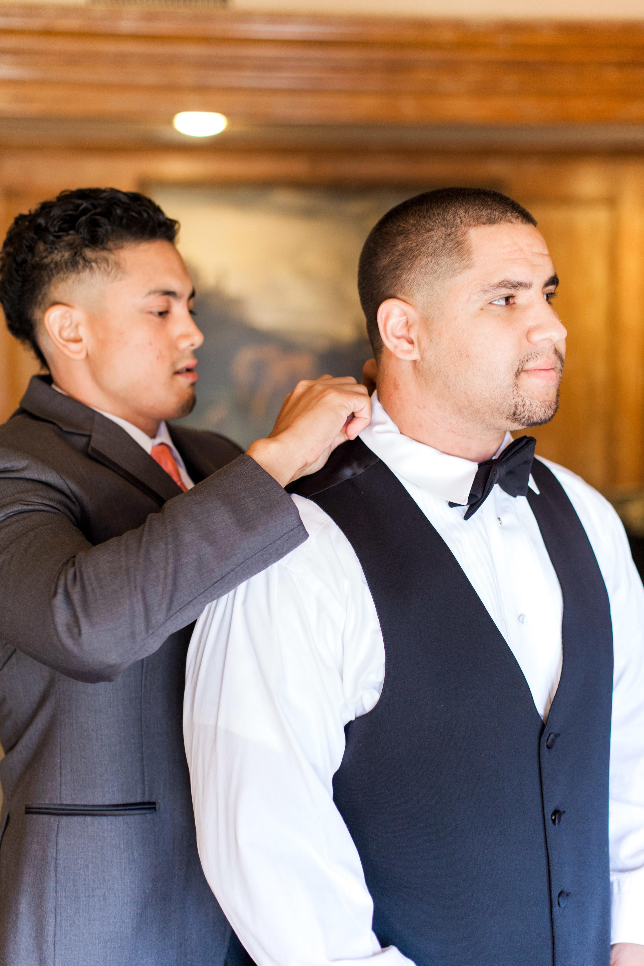 hawaiian-inspired-wedding-at-blackhawk-country-club-3892.jpg