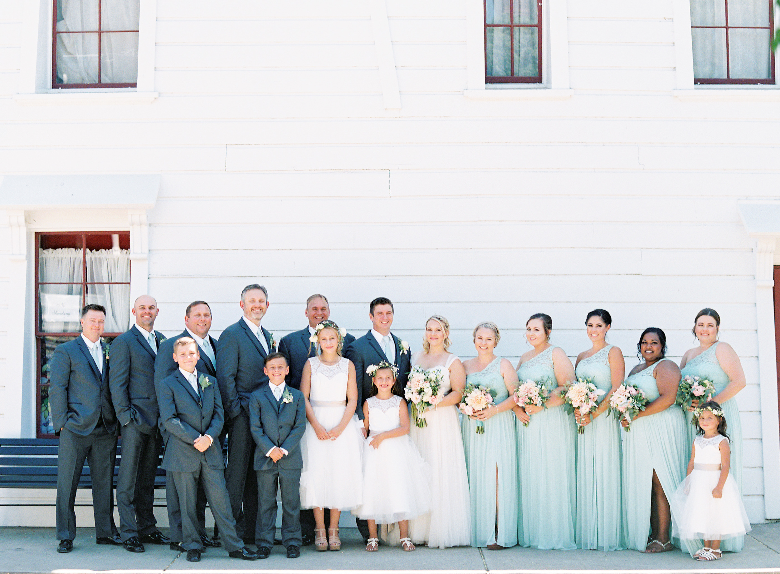 southern-inspired-wedding-at-ravenswood-historic-site-016-6.jpg