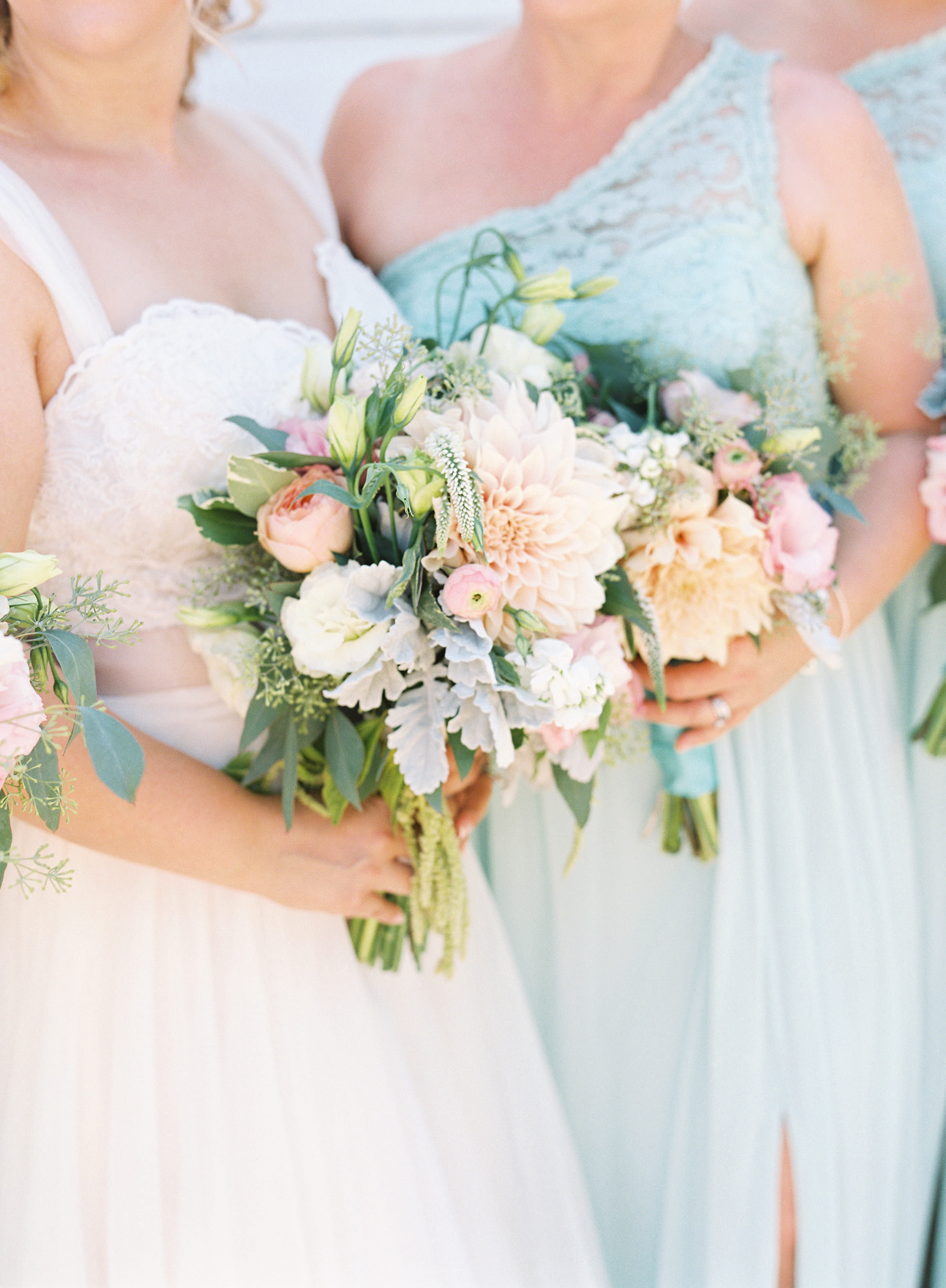 southern-inspired-wedding-at-ravenswood-historic-site-005.jpg