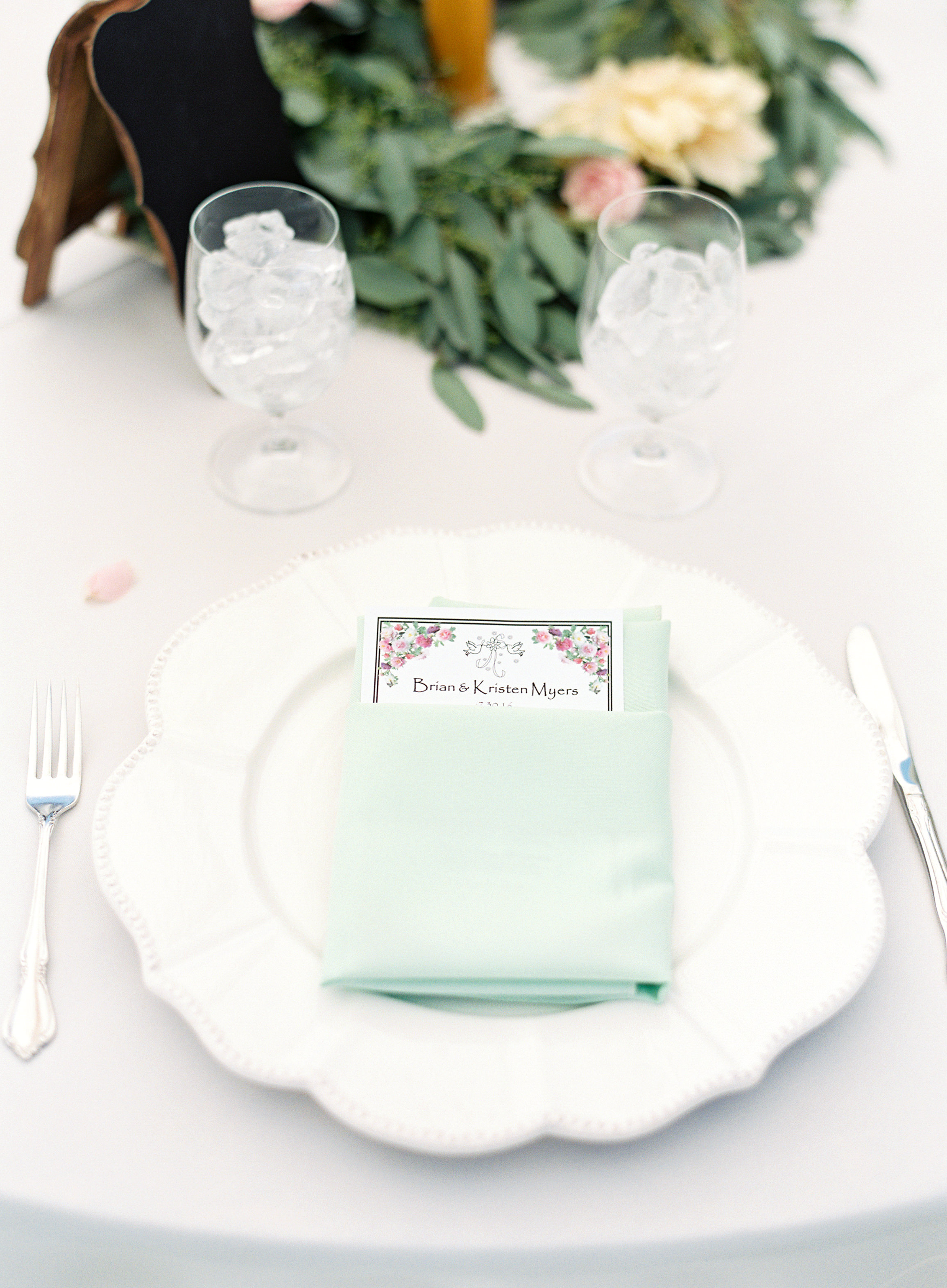 southern-inspired-wedding-at-ravenswood-historic-site-016-3.jpg