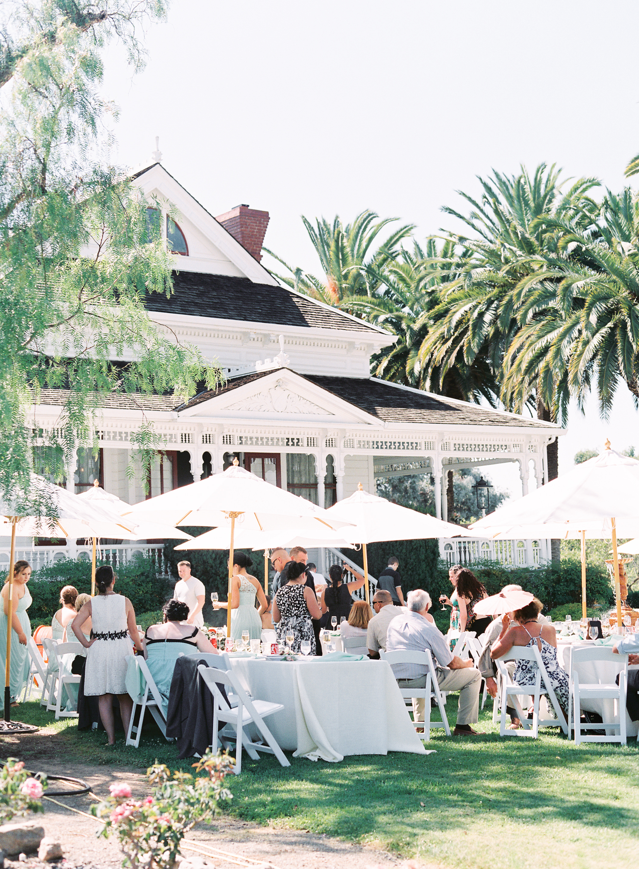 southern-inspired-wedding-at-ravenswood-historic-site-008-2.jpg