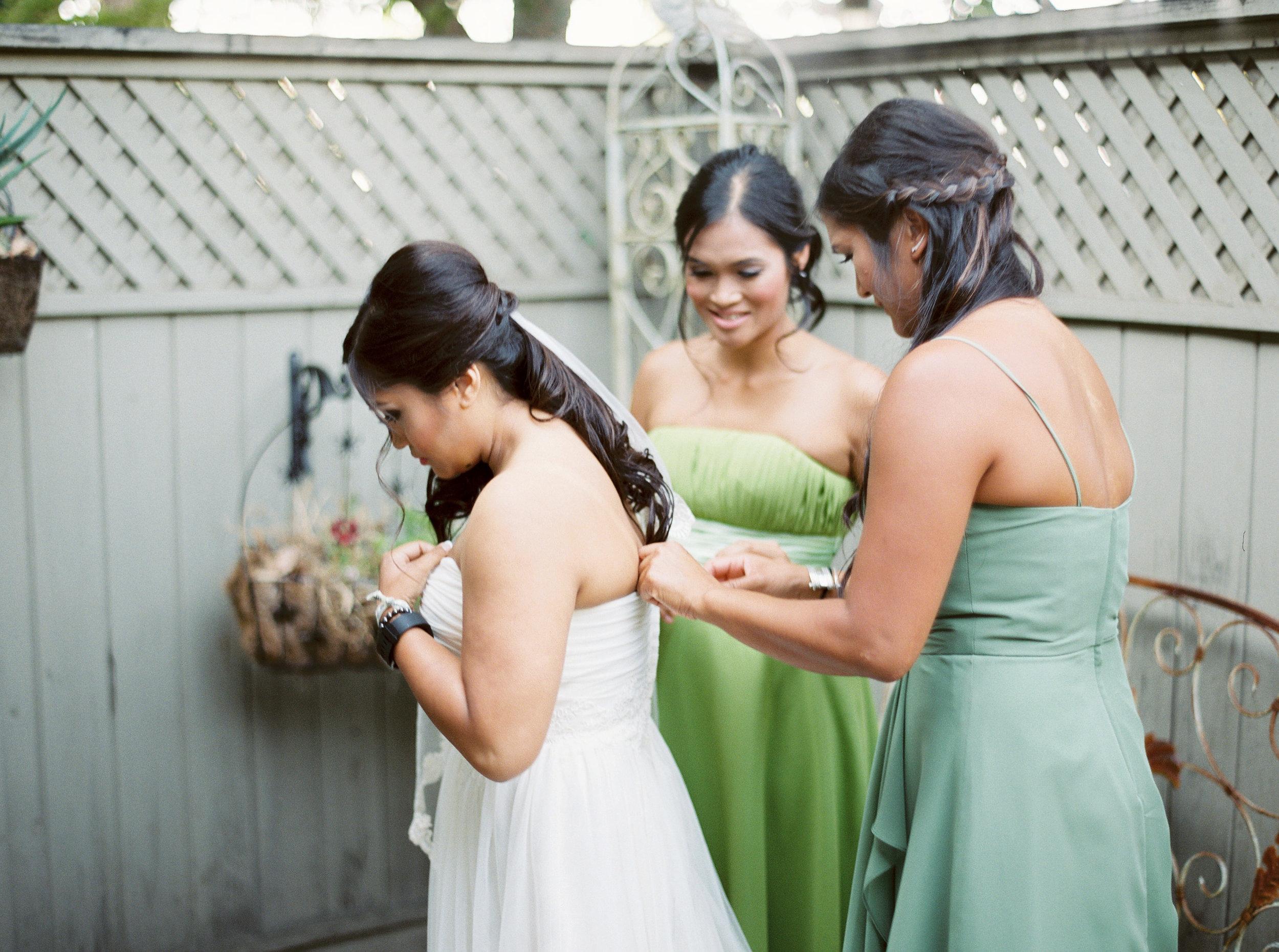 mettler-family-vineyard-wedding.jpg